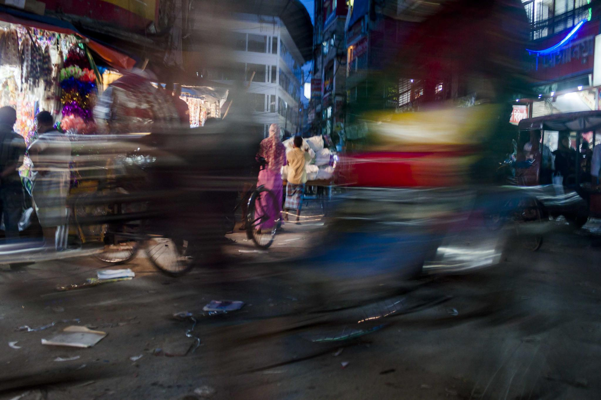 Dhaka At Night. by alinoton