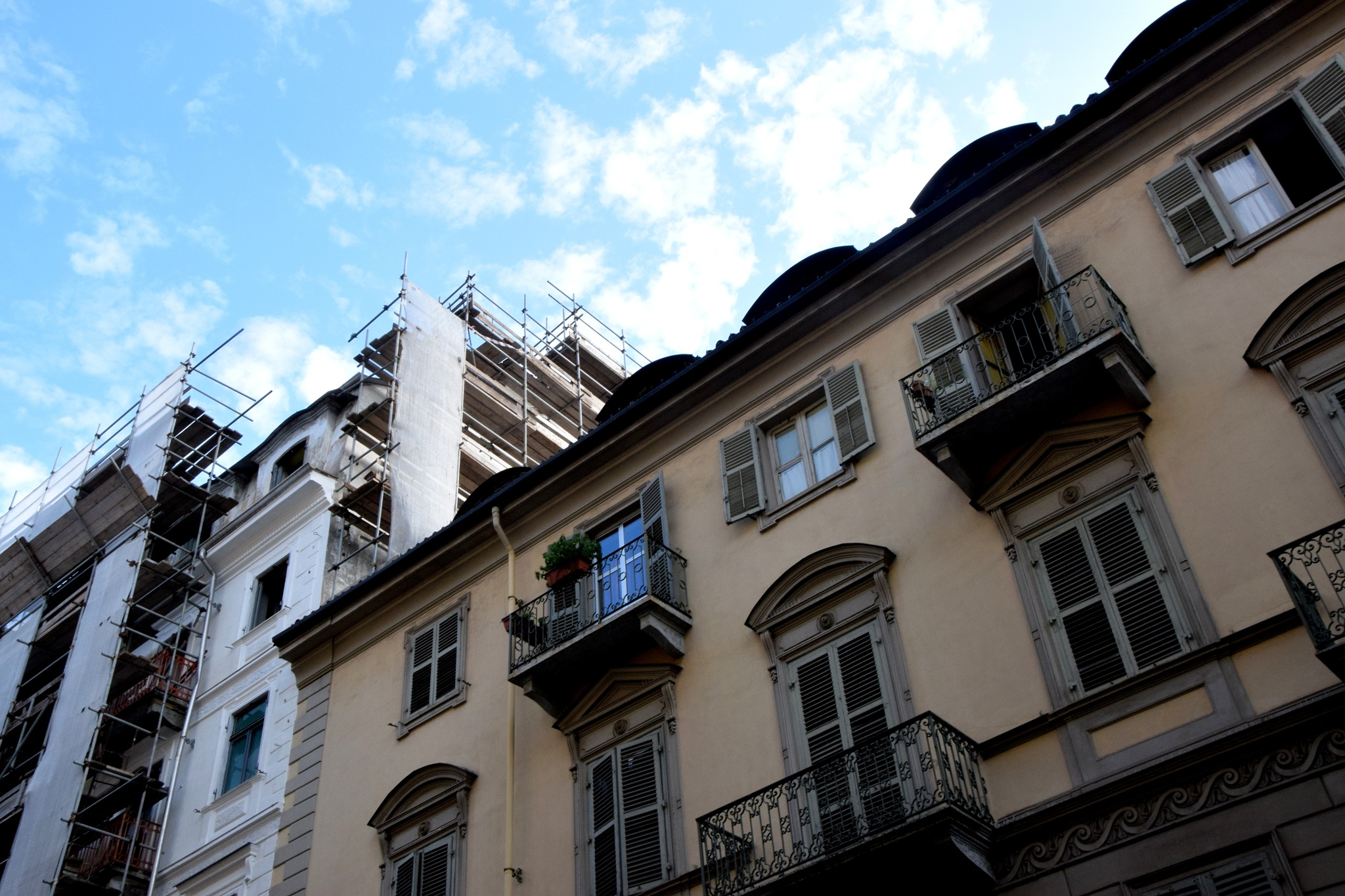 Sky, scaffolding and facade (Building Sites in Torino/10) by clairettegardner