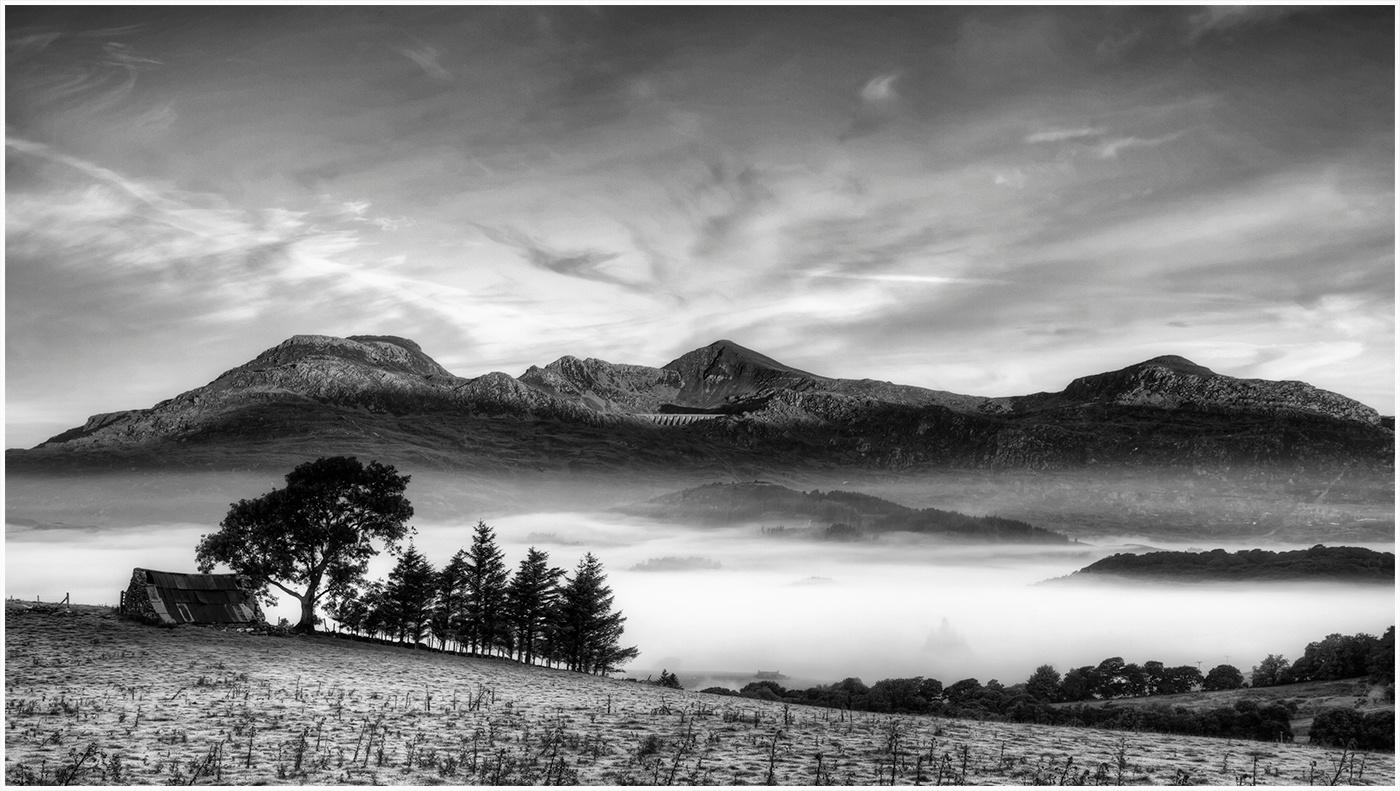 Moelwyn range by Rory
