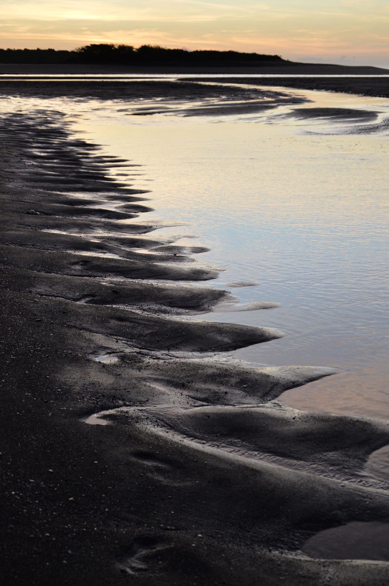 Sand pattern by Ives Martinez