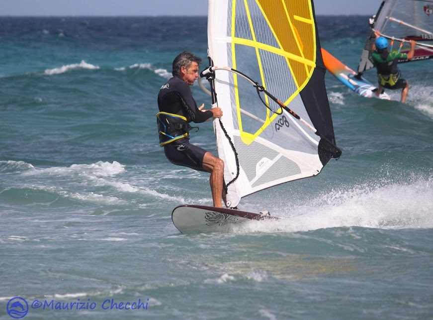 windsurfing in frassanito by maurizio