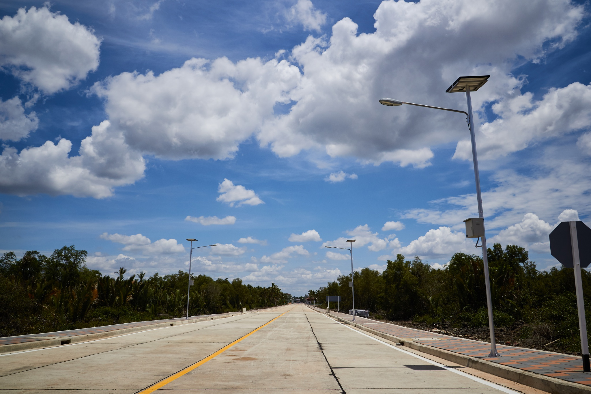 Road to blue sky by calgop
