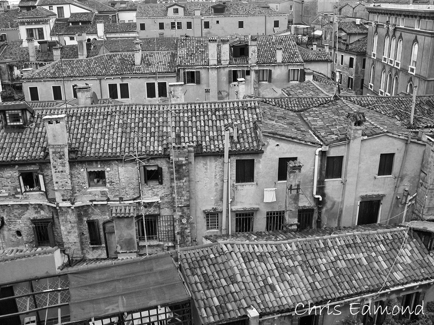 The old 500 year old buildings fof Venice Italy by cedmond