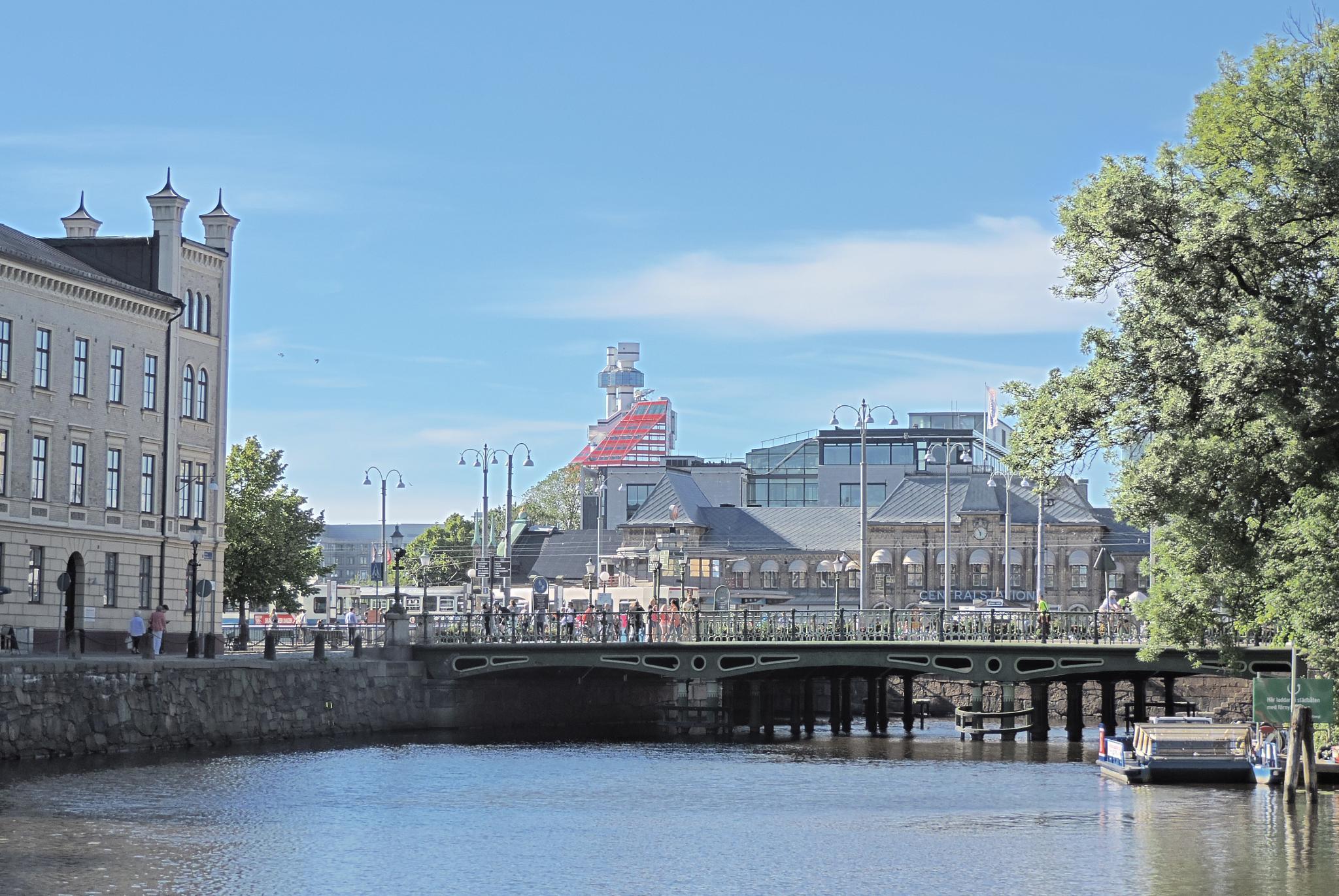 Gothenburg Central Station by paul_wallen
