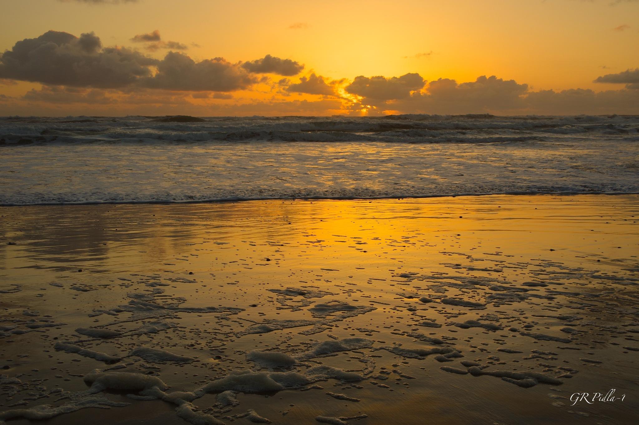 Amber Sunset by Gina  Alwaysmile (*_*)