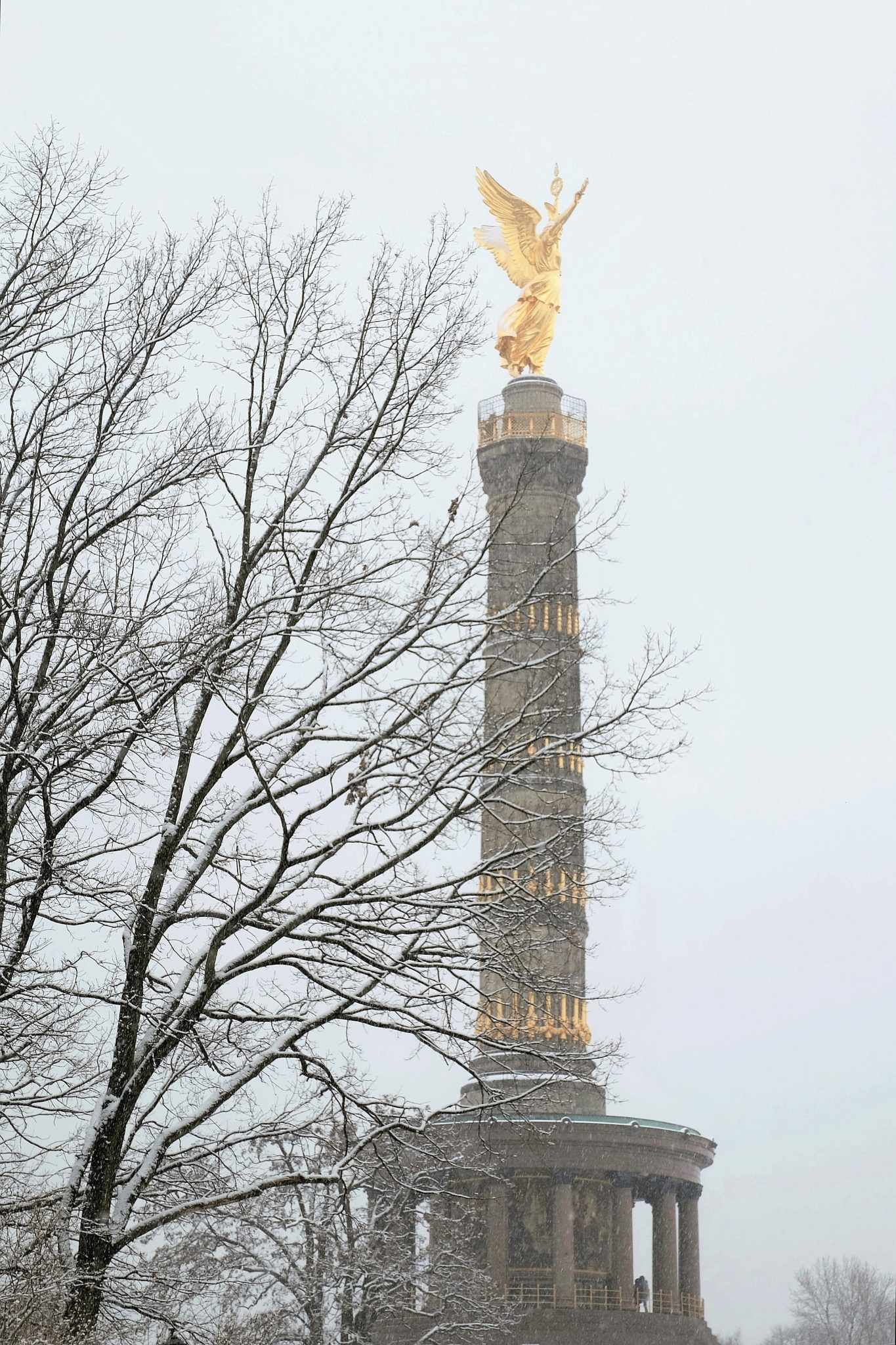 Victory Column by Detlef F. Rimkus