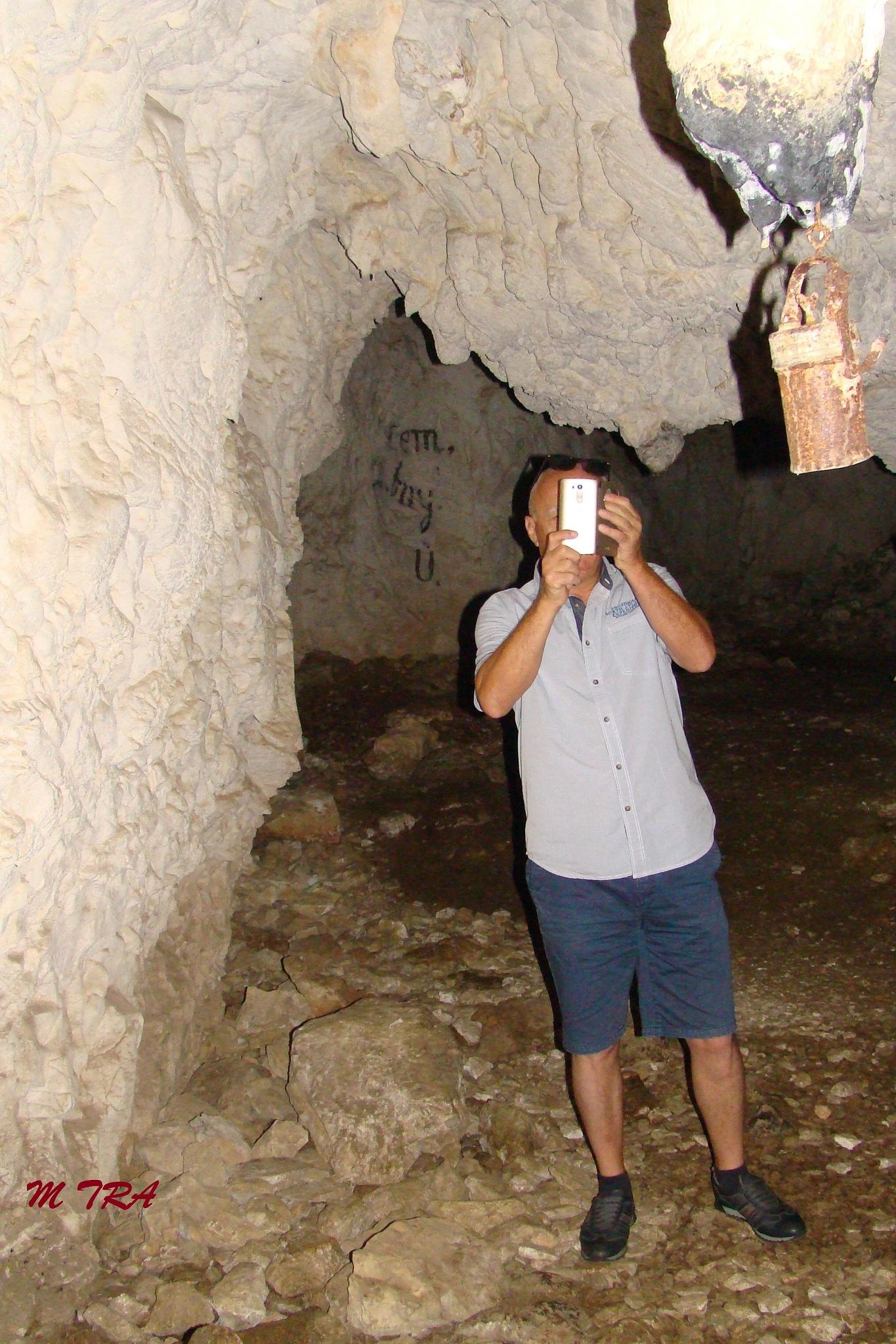 Meziad Cave by marianatrailescu