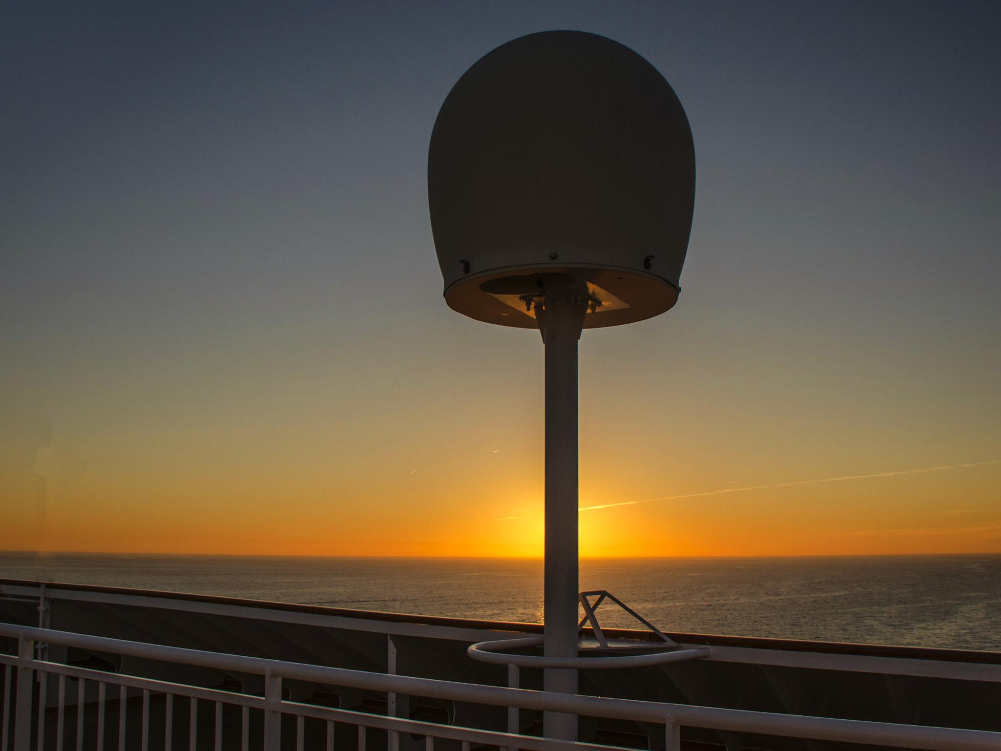 Sunset At Sea. by Pat kehoe