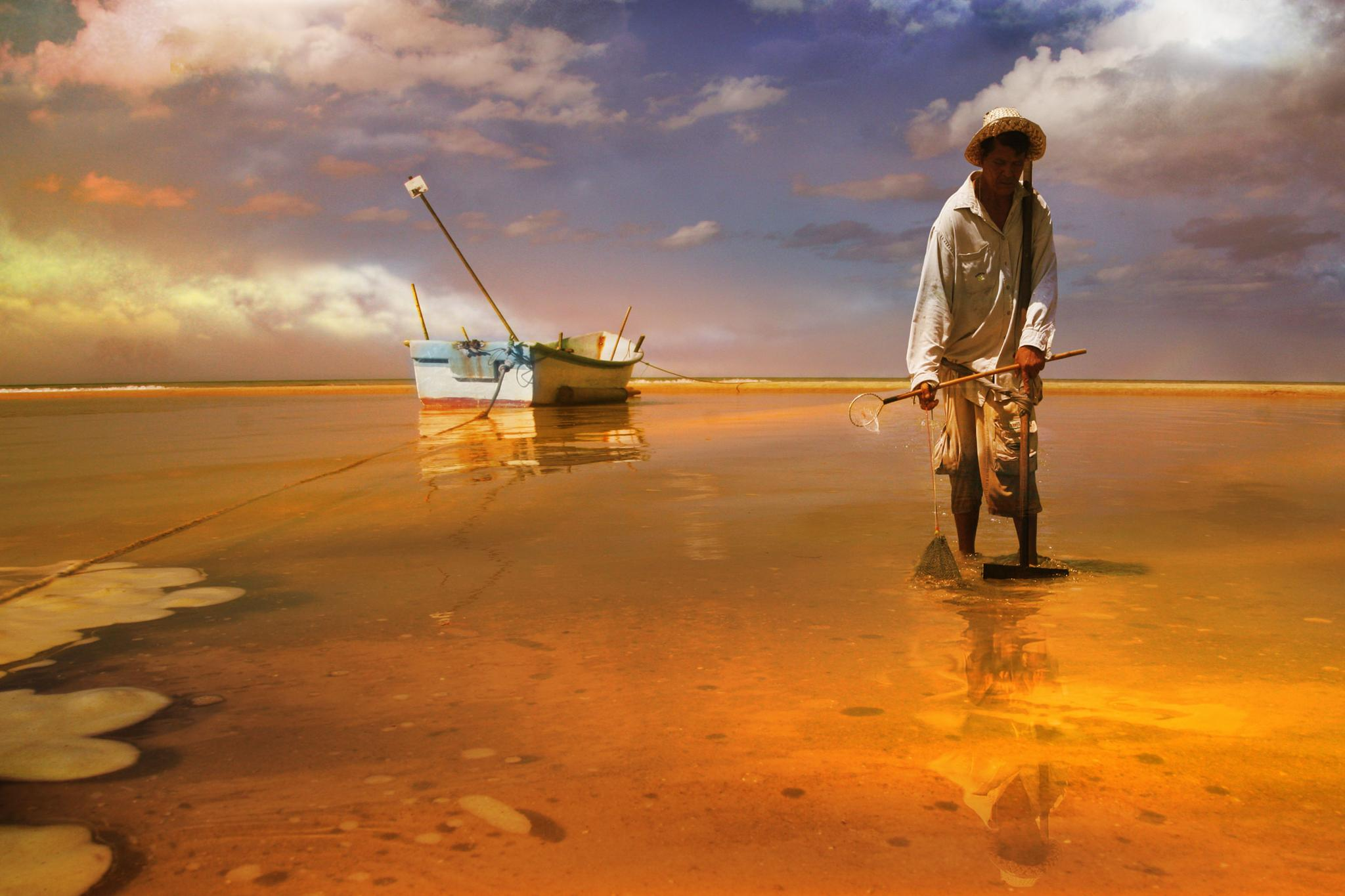 fisherman of shells by Giuseppe Castro