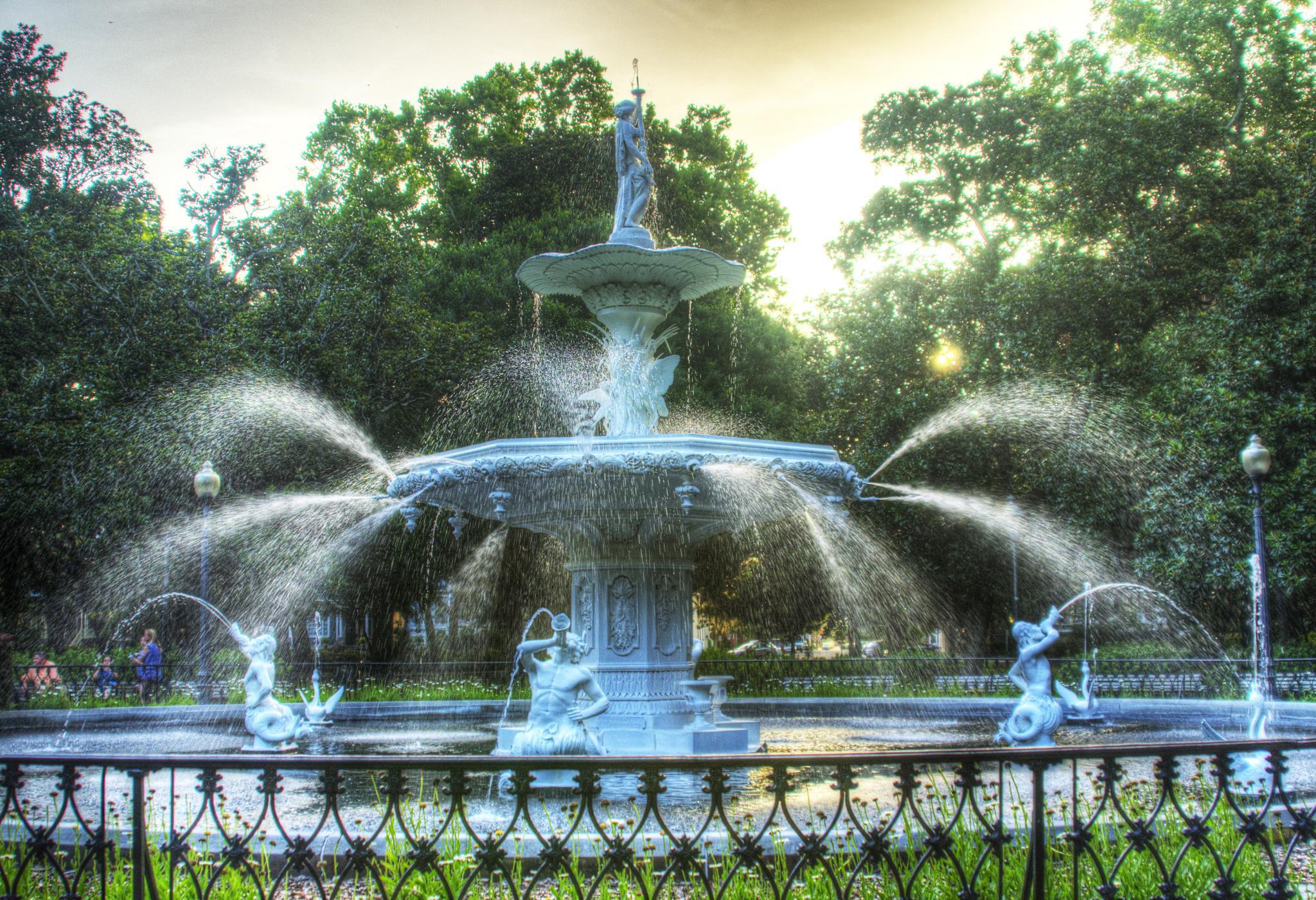 Forsyth Fountain by Brett Richardson