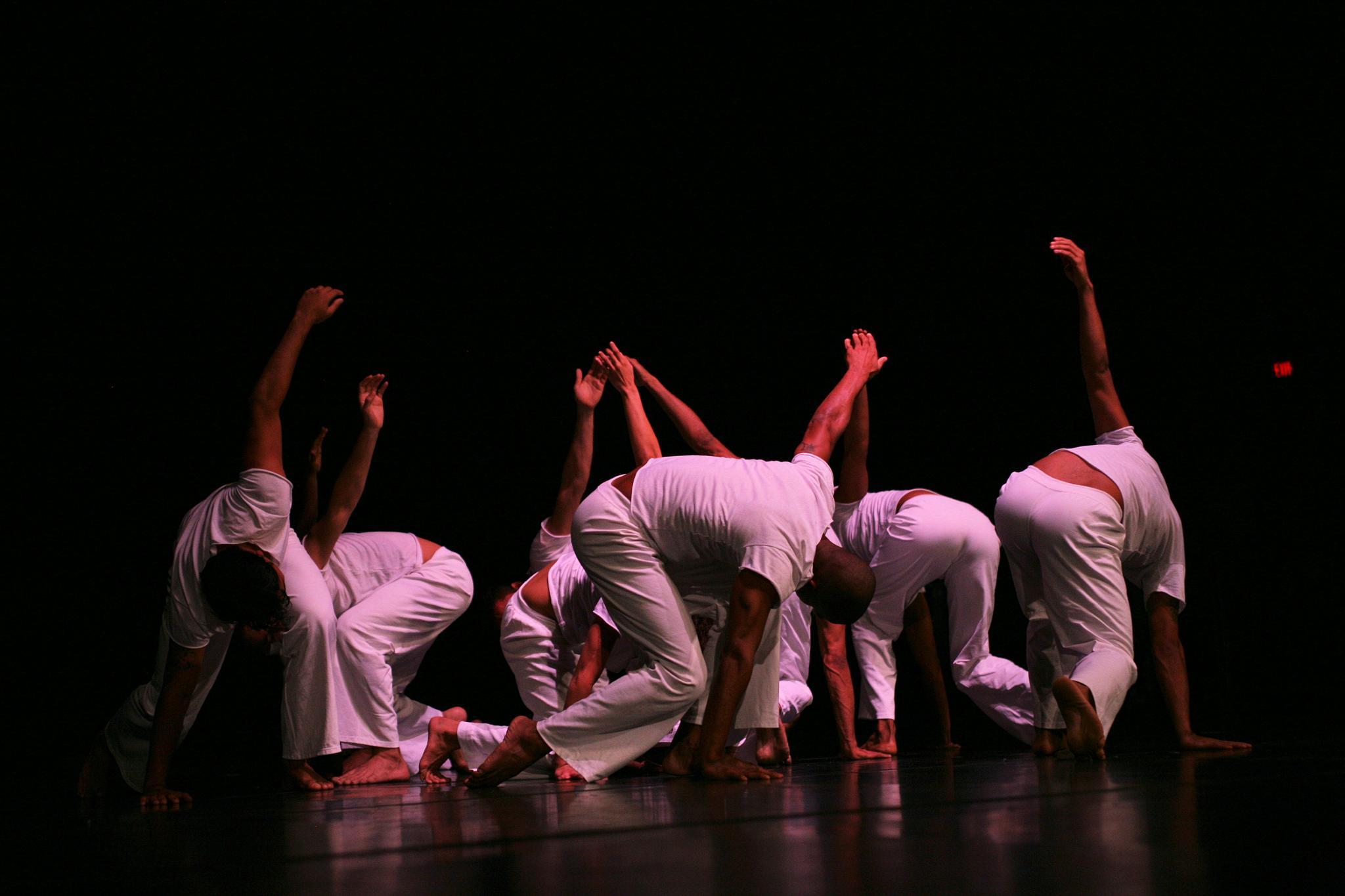 Dance Brazil by robteilets