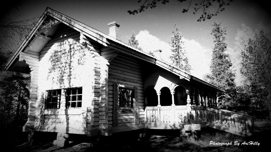 Keisarinmaja, built ad. 1882. Aavasaksa, Finland by AriHilly