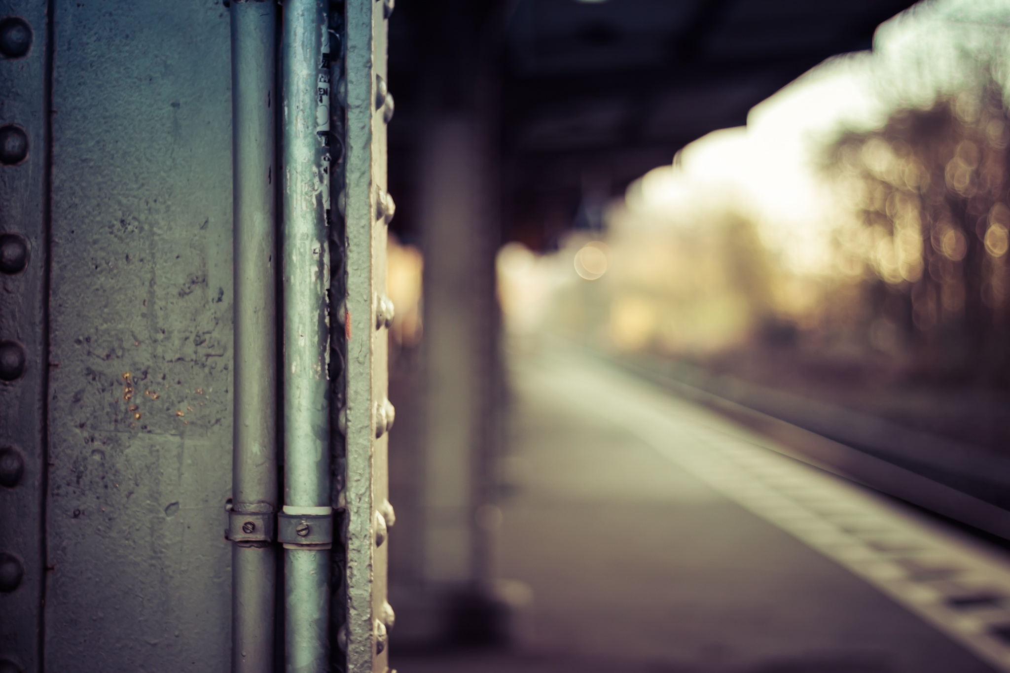 Platform With Limited Sight by OKO