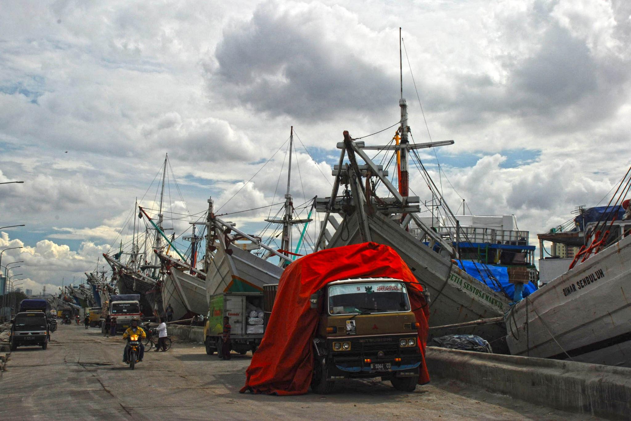 harbor by adjie tjokrosoedarmo