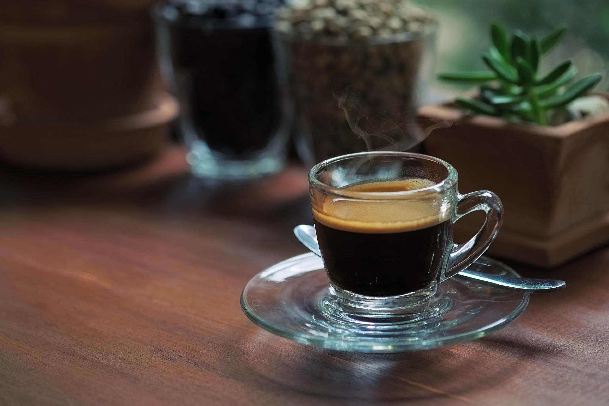 Coffee Morning by Prathan Chorruangsak
