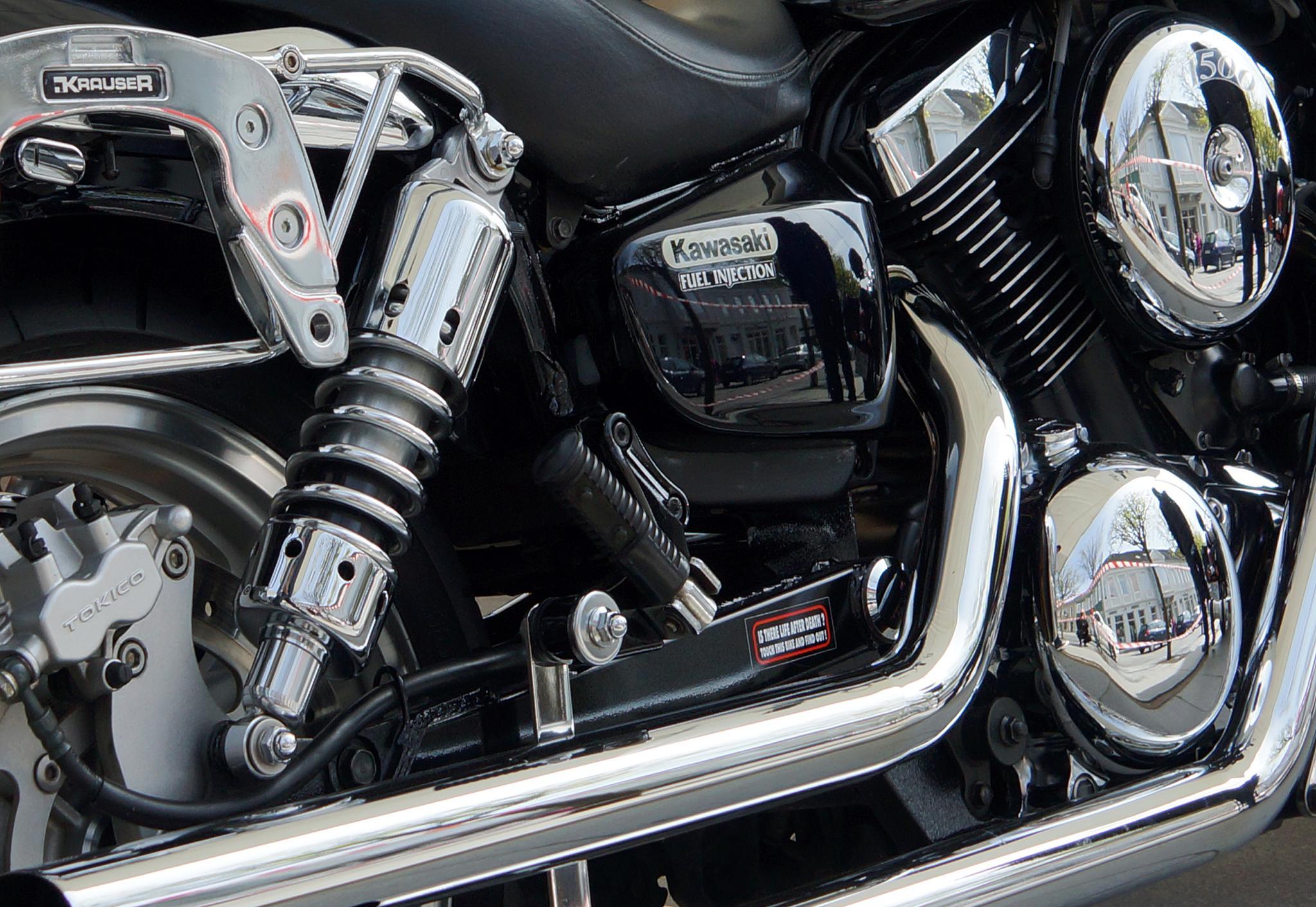 Photo in Vehicle #motorbike #kawasaki #close up #chrome