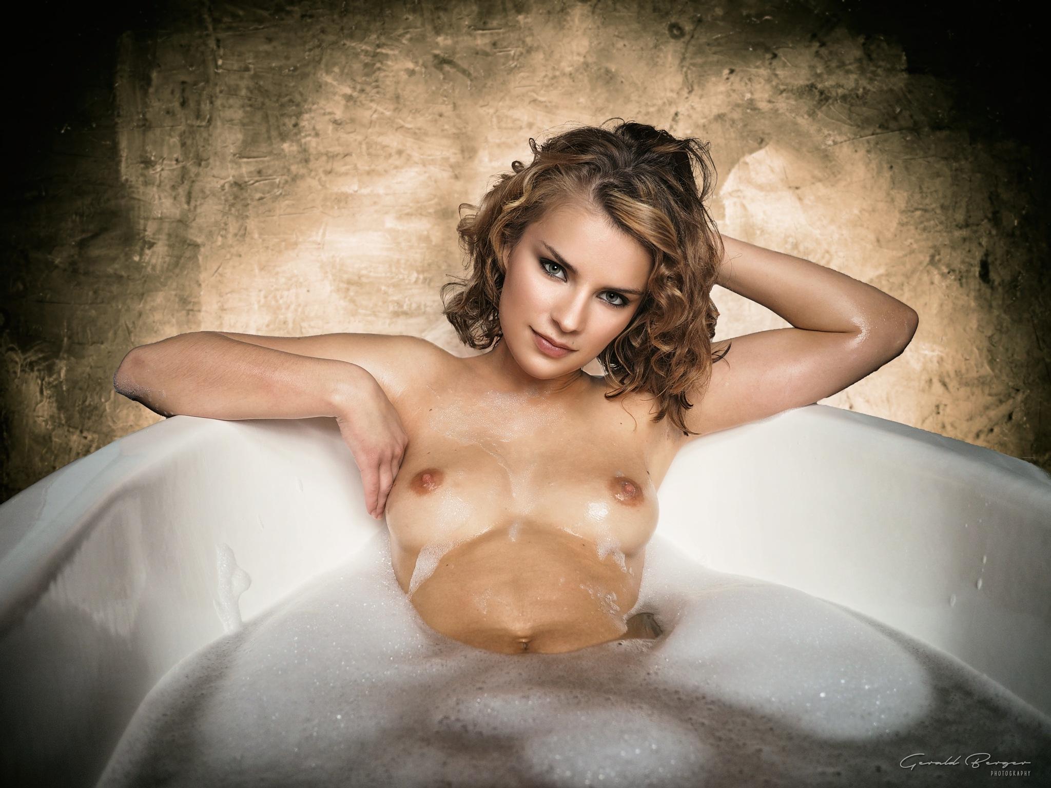 Take a bath by Gerald Berger
