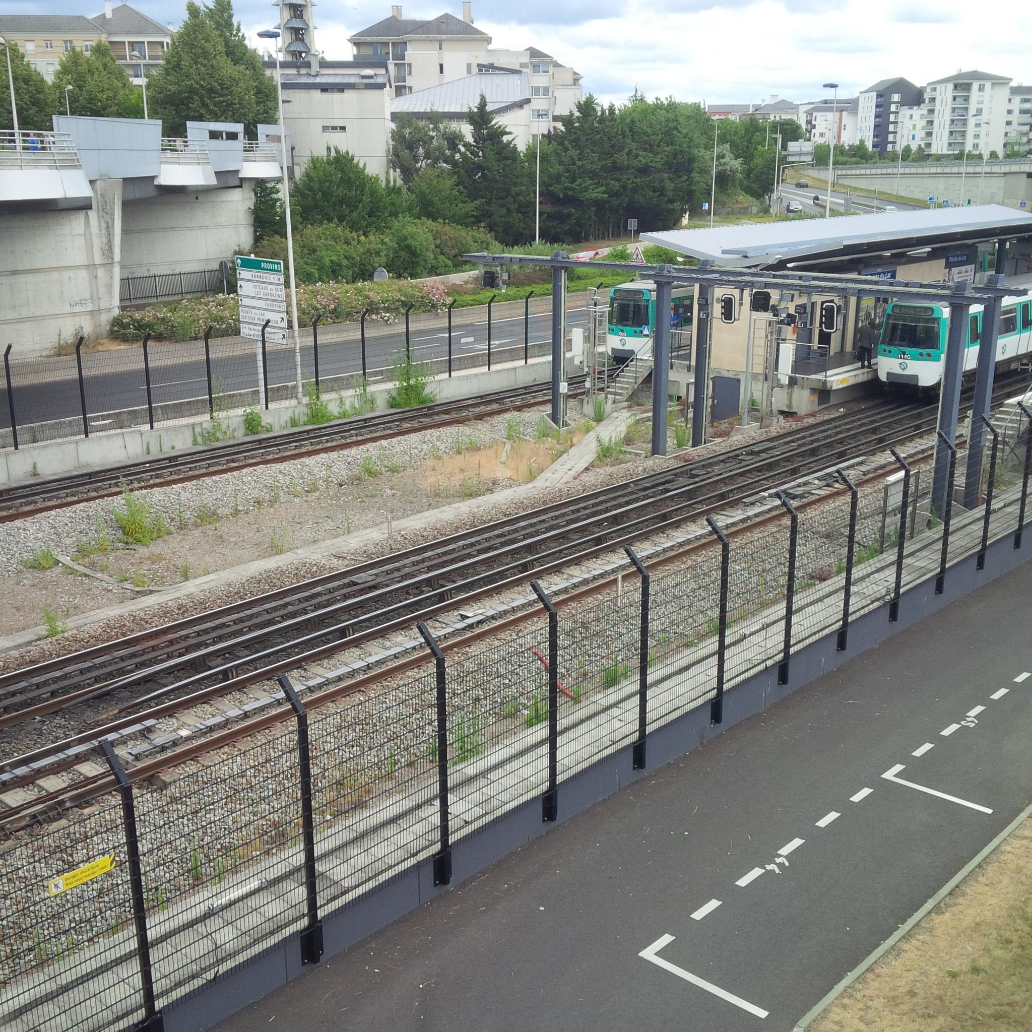 """Paris metro line 8 """"Pointe du Lac""""  by Lee Maria"""