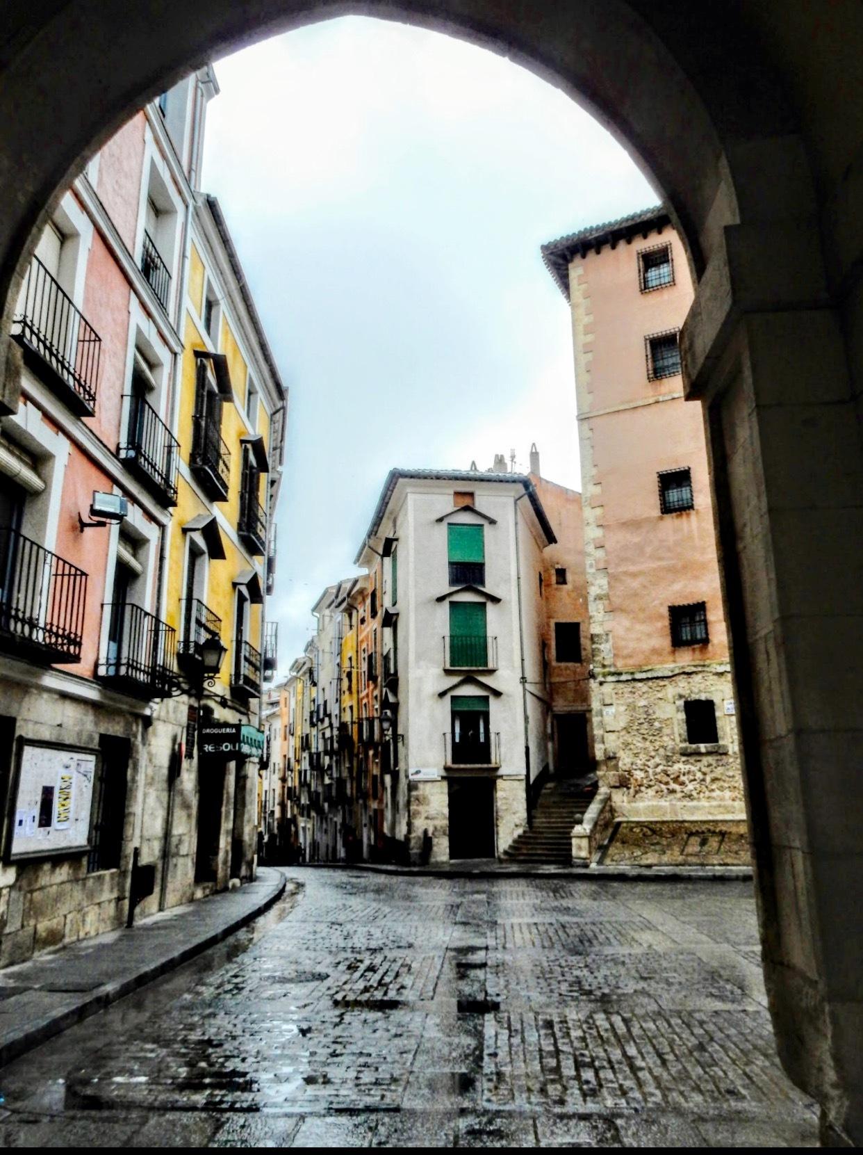 It rains in Cuenca by Gregorio Emper