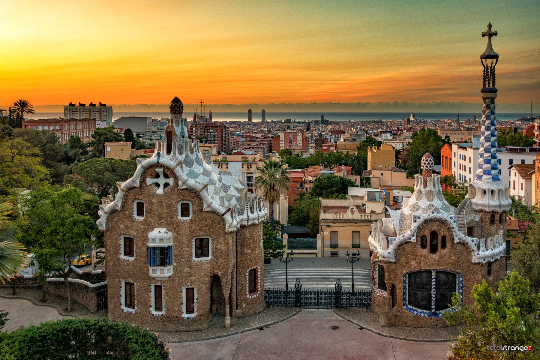 Parque Güell by totalstranger
