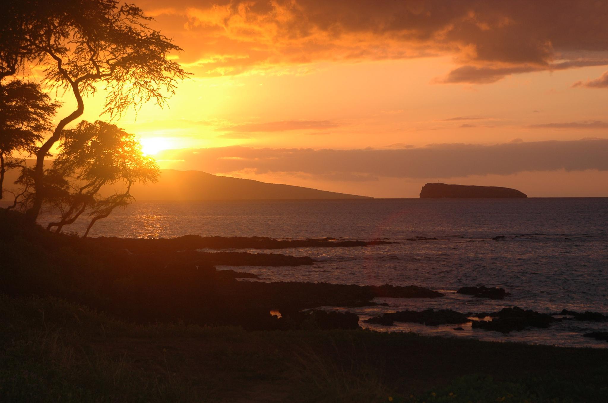 Makena Sunset by OrcinusFotograffy