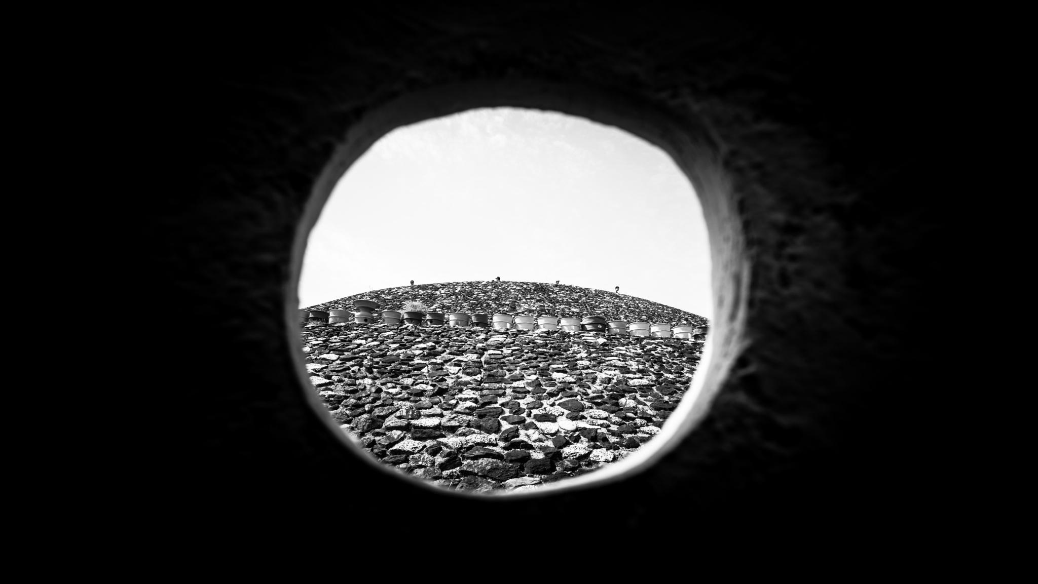 Peephole by muteking