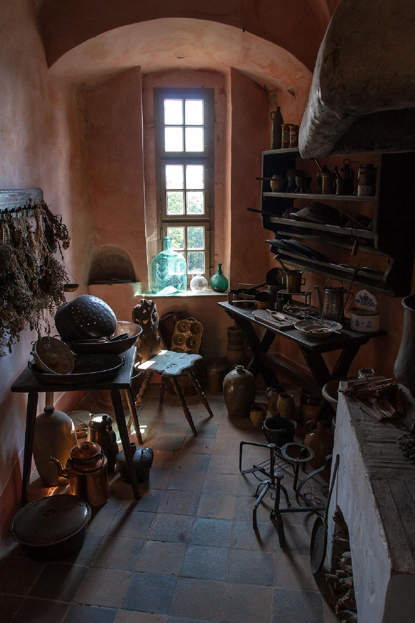 kitchen by Heinrich Frhr. von Berlepsch