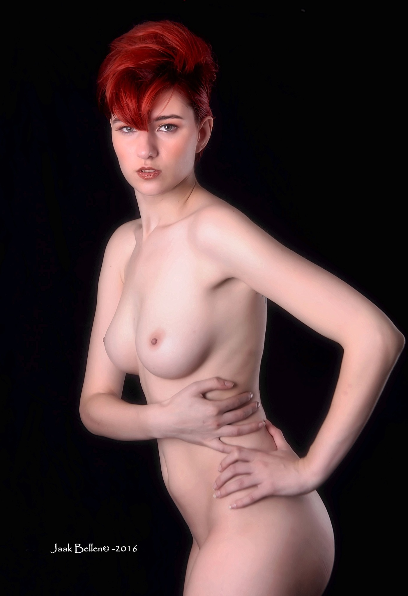 Sara showing her great body... by Jaak BELLEN