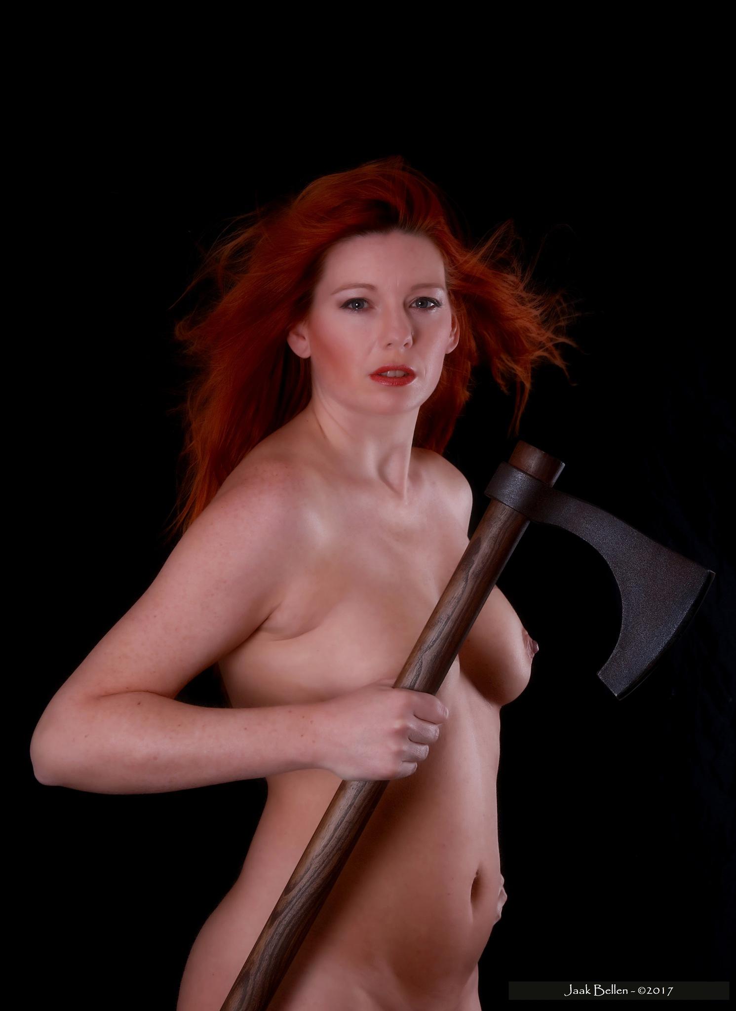 Warriorwoman......... by Jaak BELLEN
