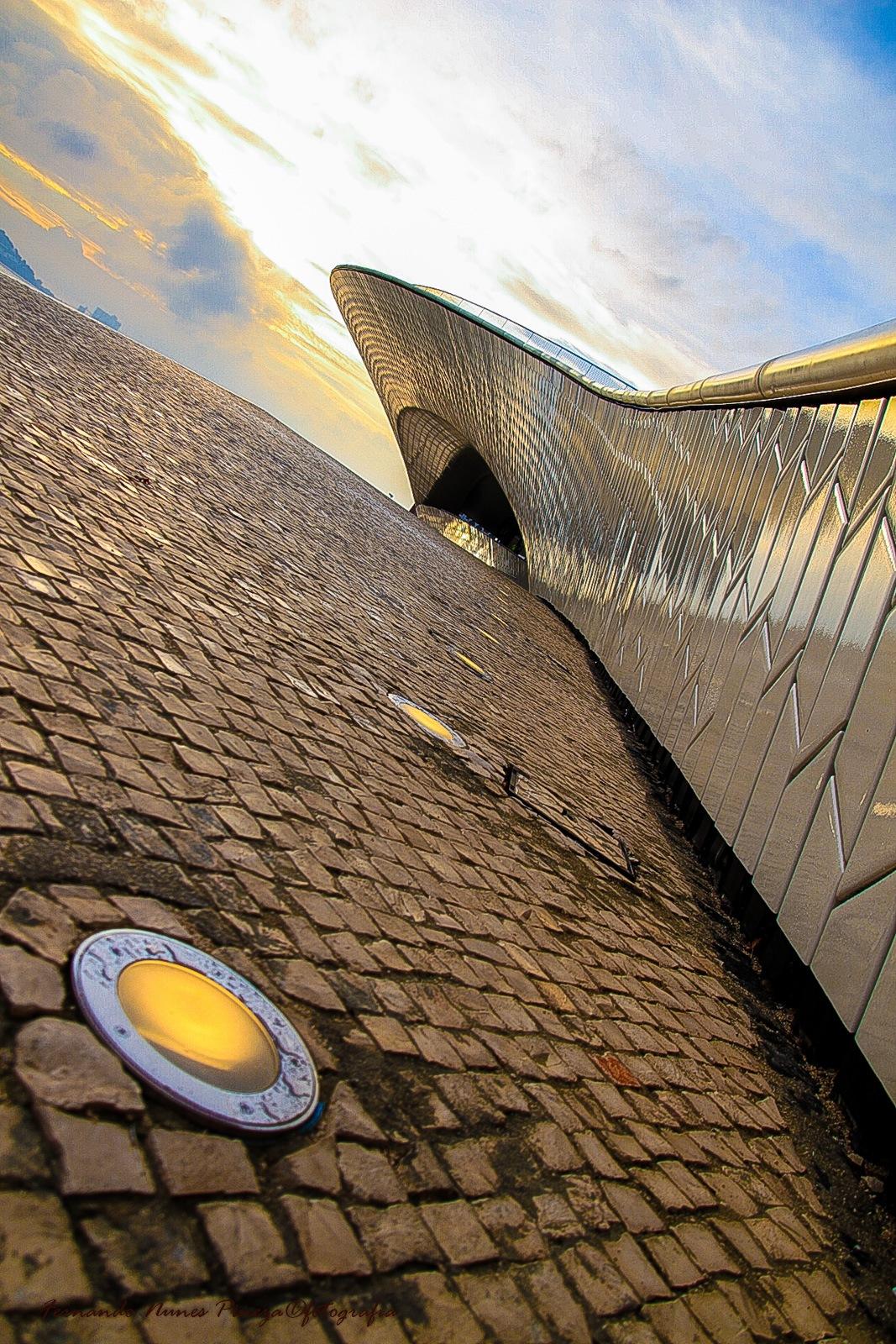 Maat Lisbon by Fernando Nunes Pineza