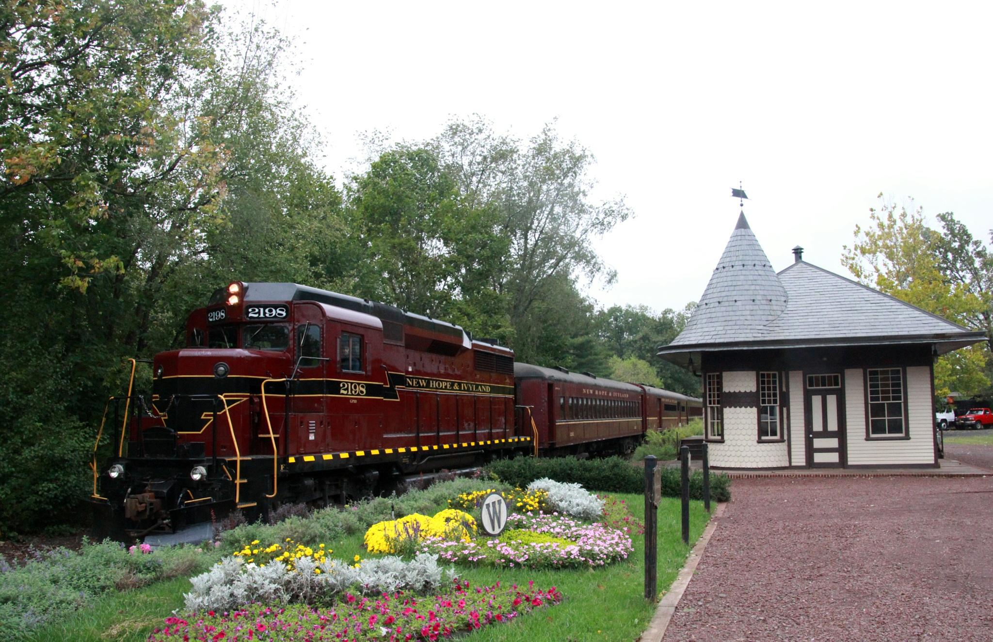 New Hope Train by brandleya