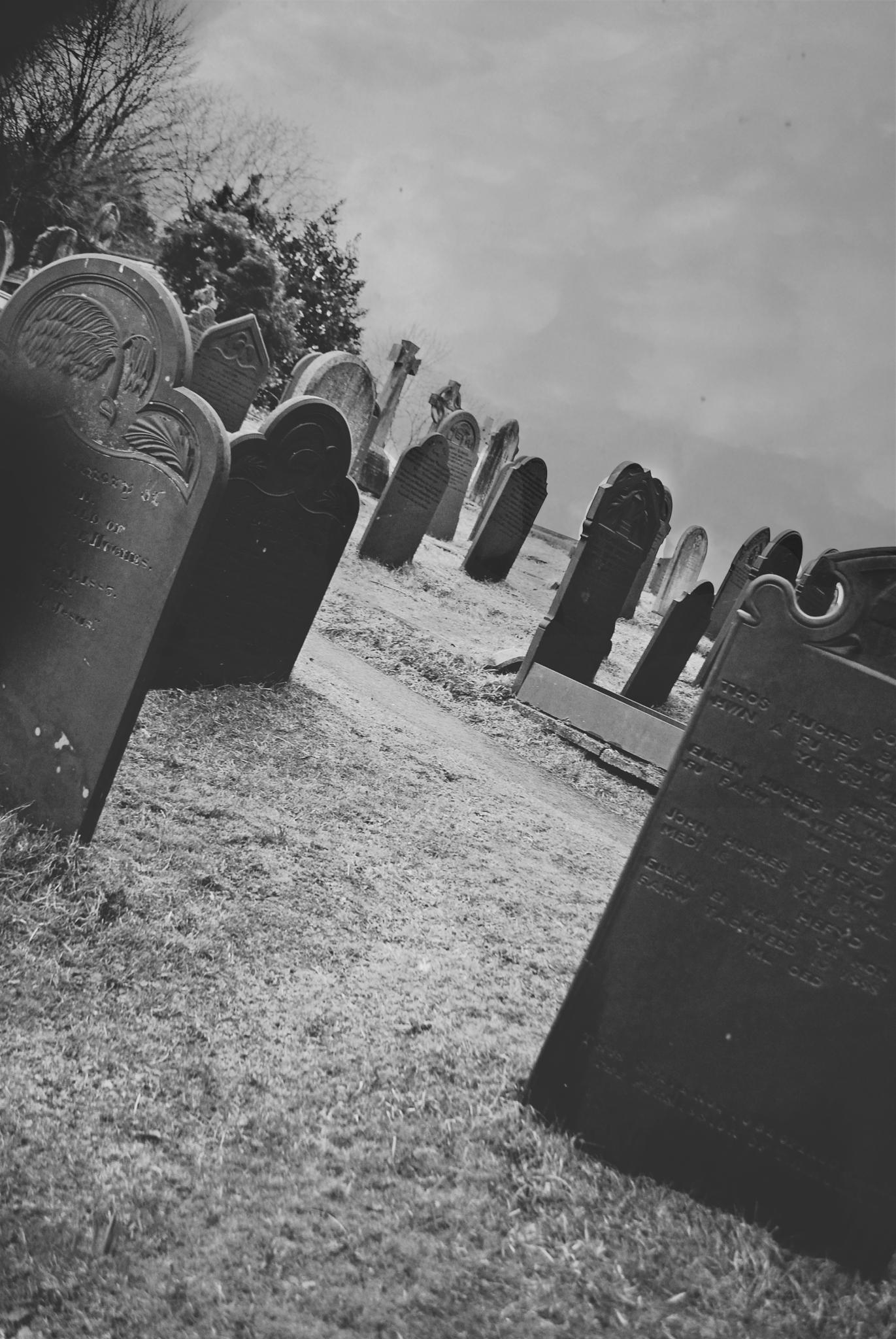 Welsh Graveyard by Ralph Grech