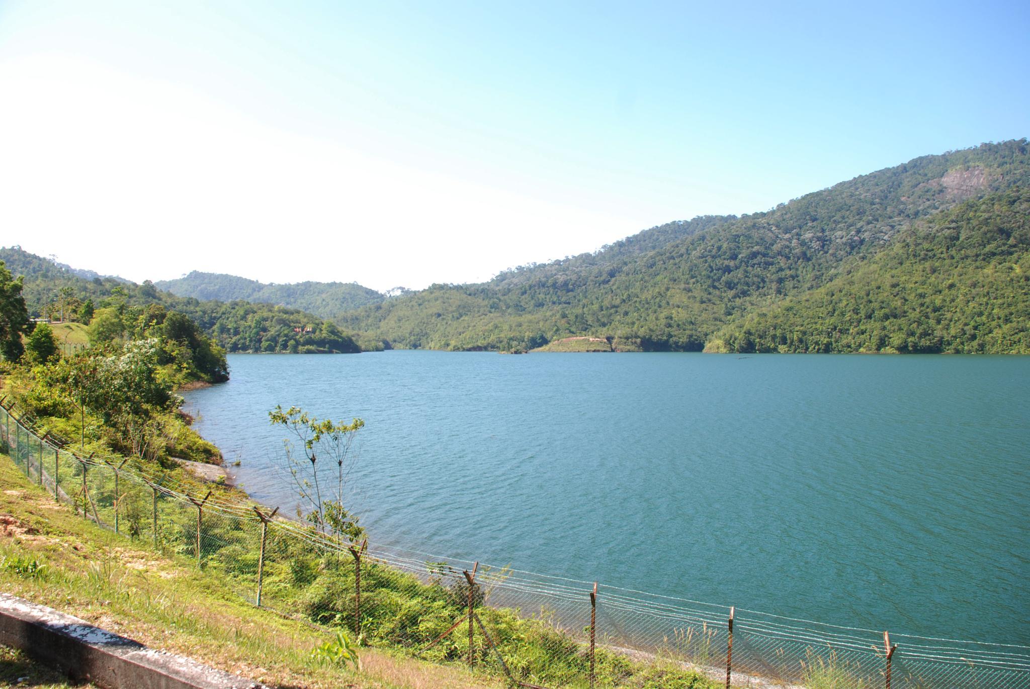 penang air itam dam by wooyuenfoo