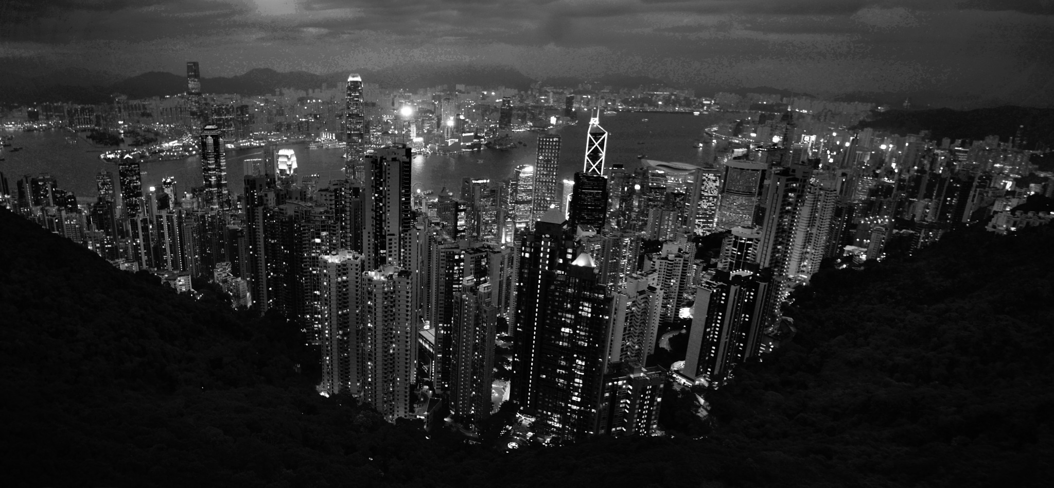 Hong Kong cityscapes by wooyuenfoo