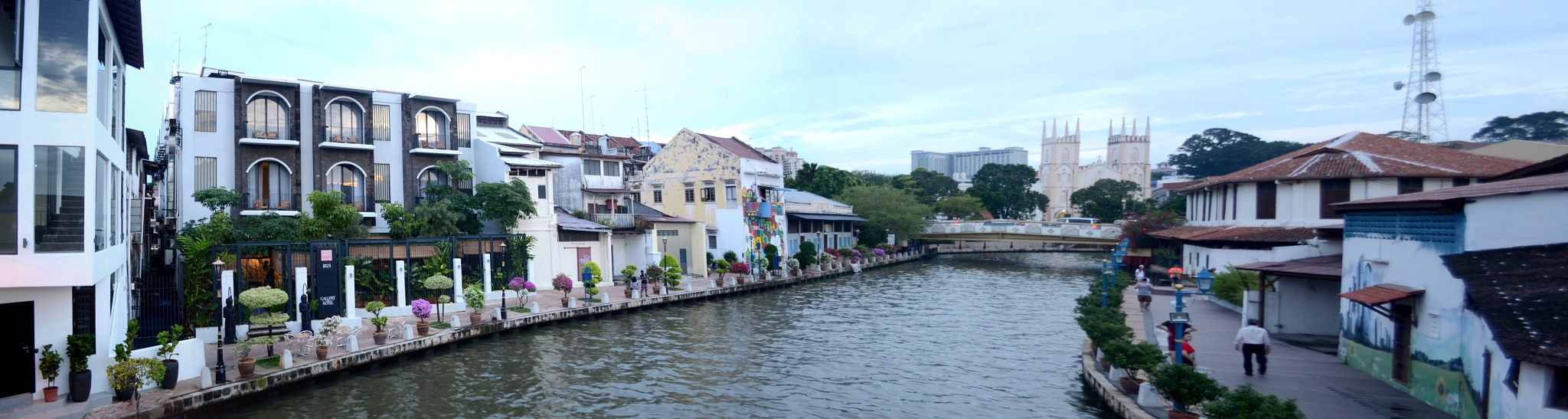 malacca river by wooyuenfoo