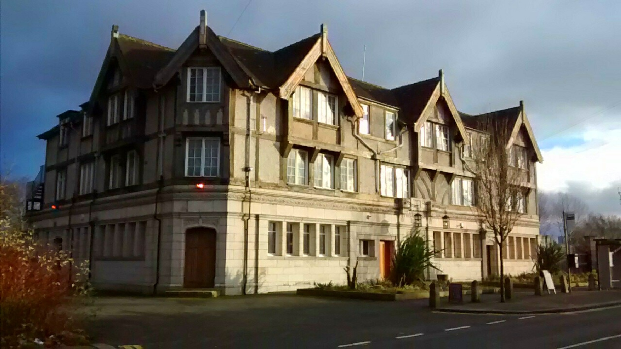 Racecourse Hotel Salford,Greater Manchester by dysonjohn64