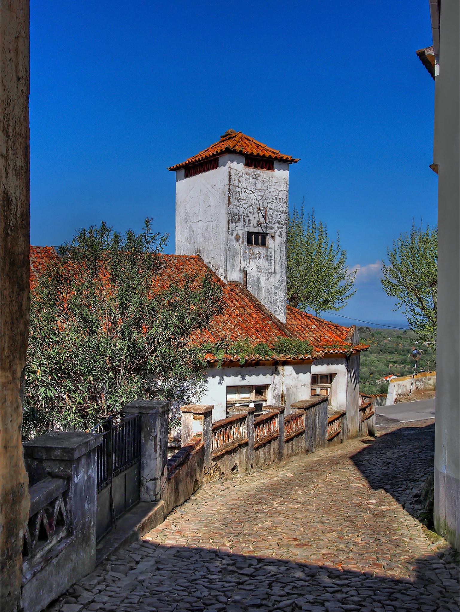 Portuguese Village by kalibrahim