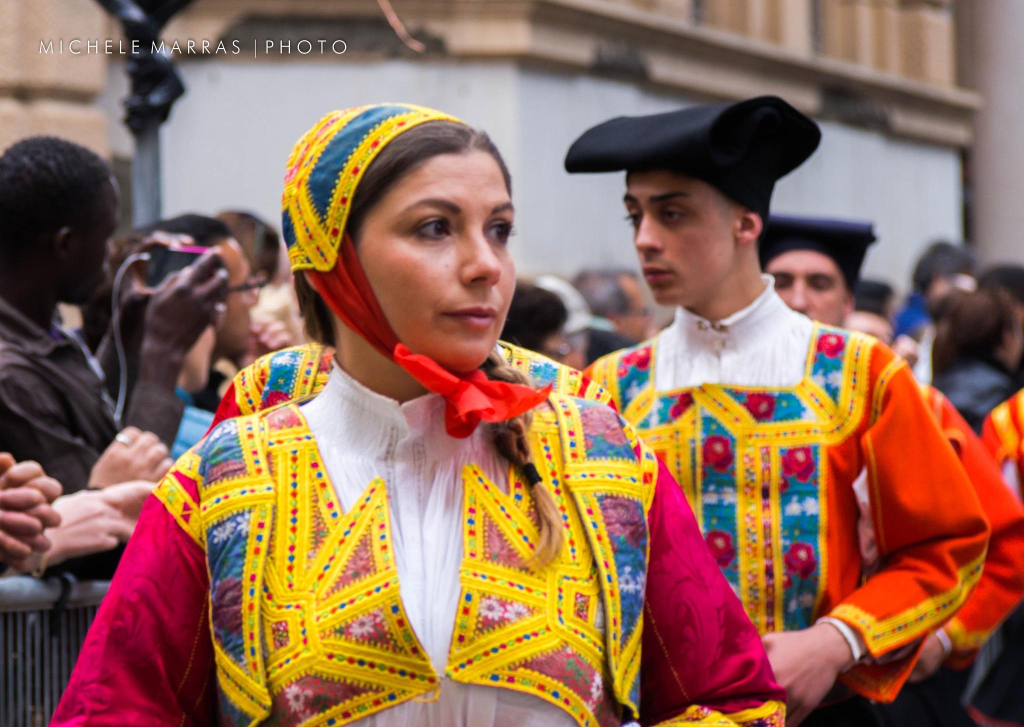 Il vestito della festa by Michele Pinna Marras