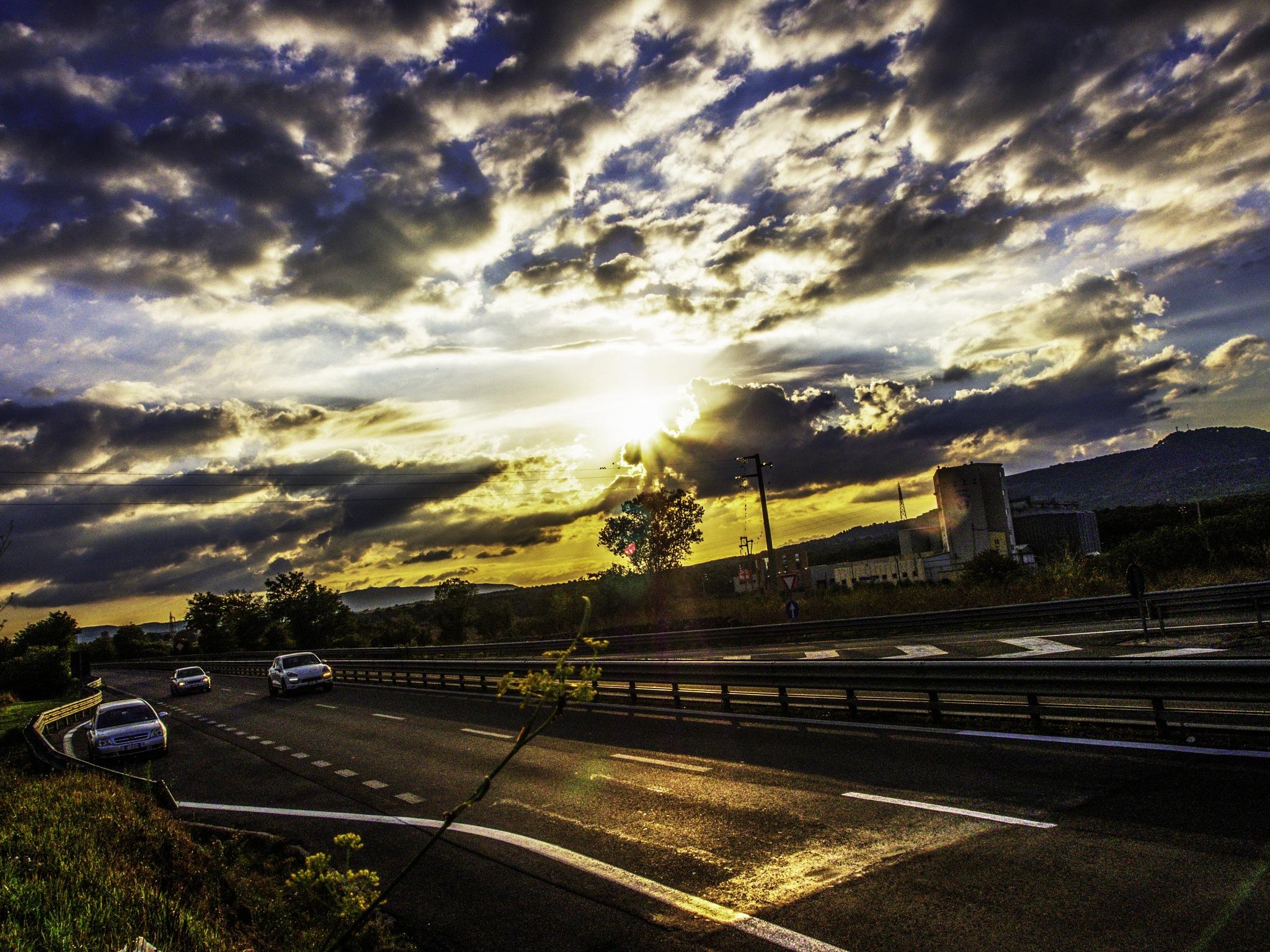Black sunset by Michele Pinna Marras
