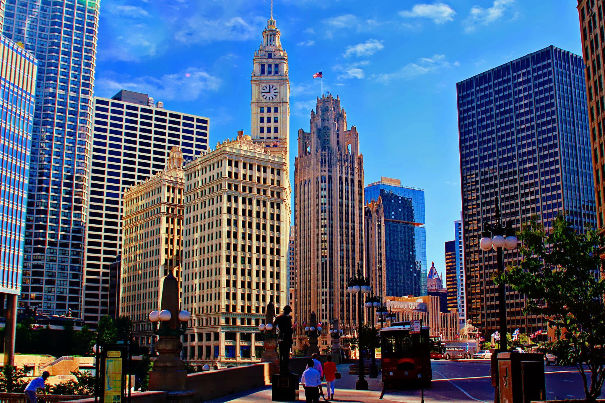 Downtown Chicago by Jon Radtke