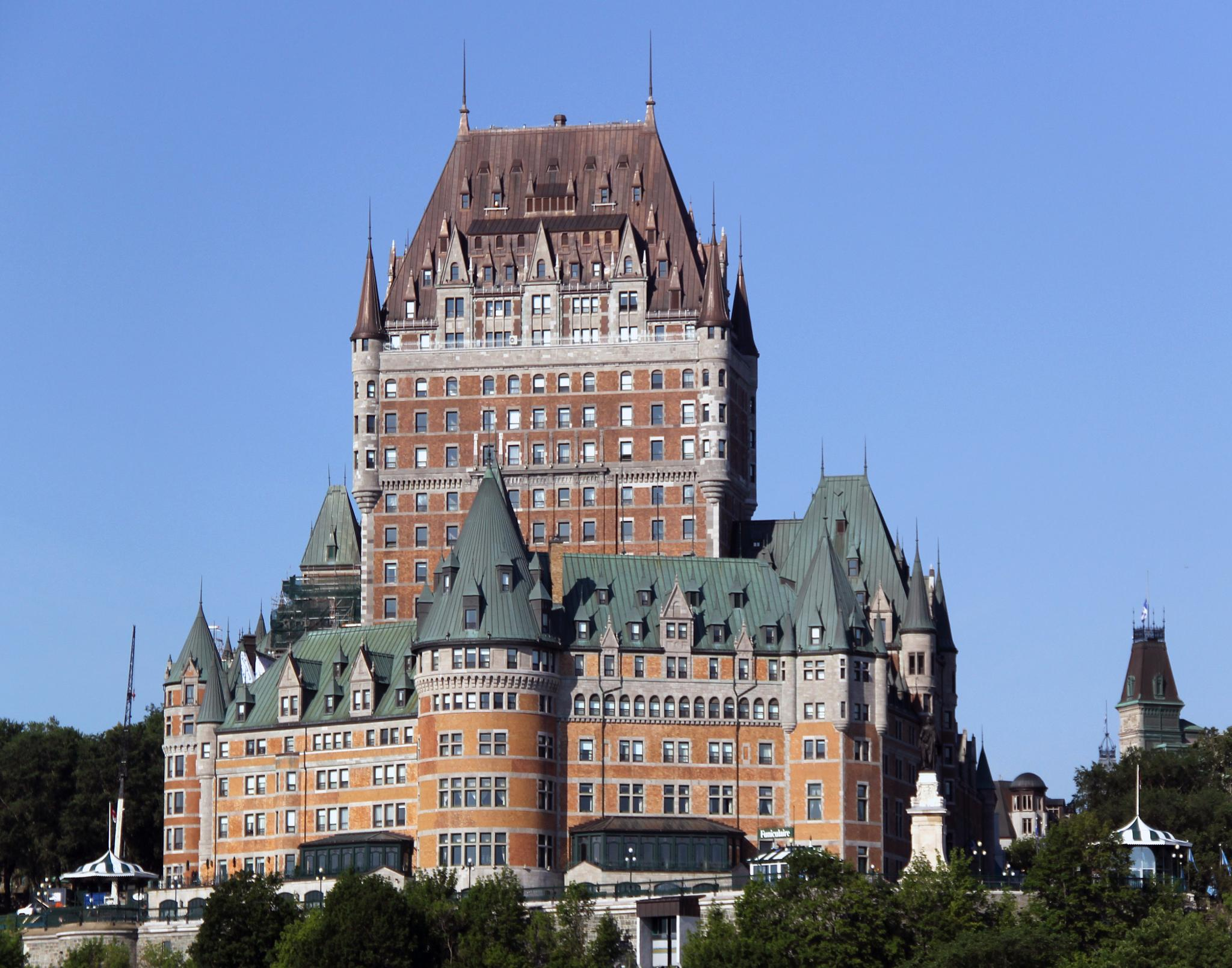 Chateau Frontenac by Laurence (Sam) Warriner