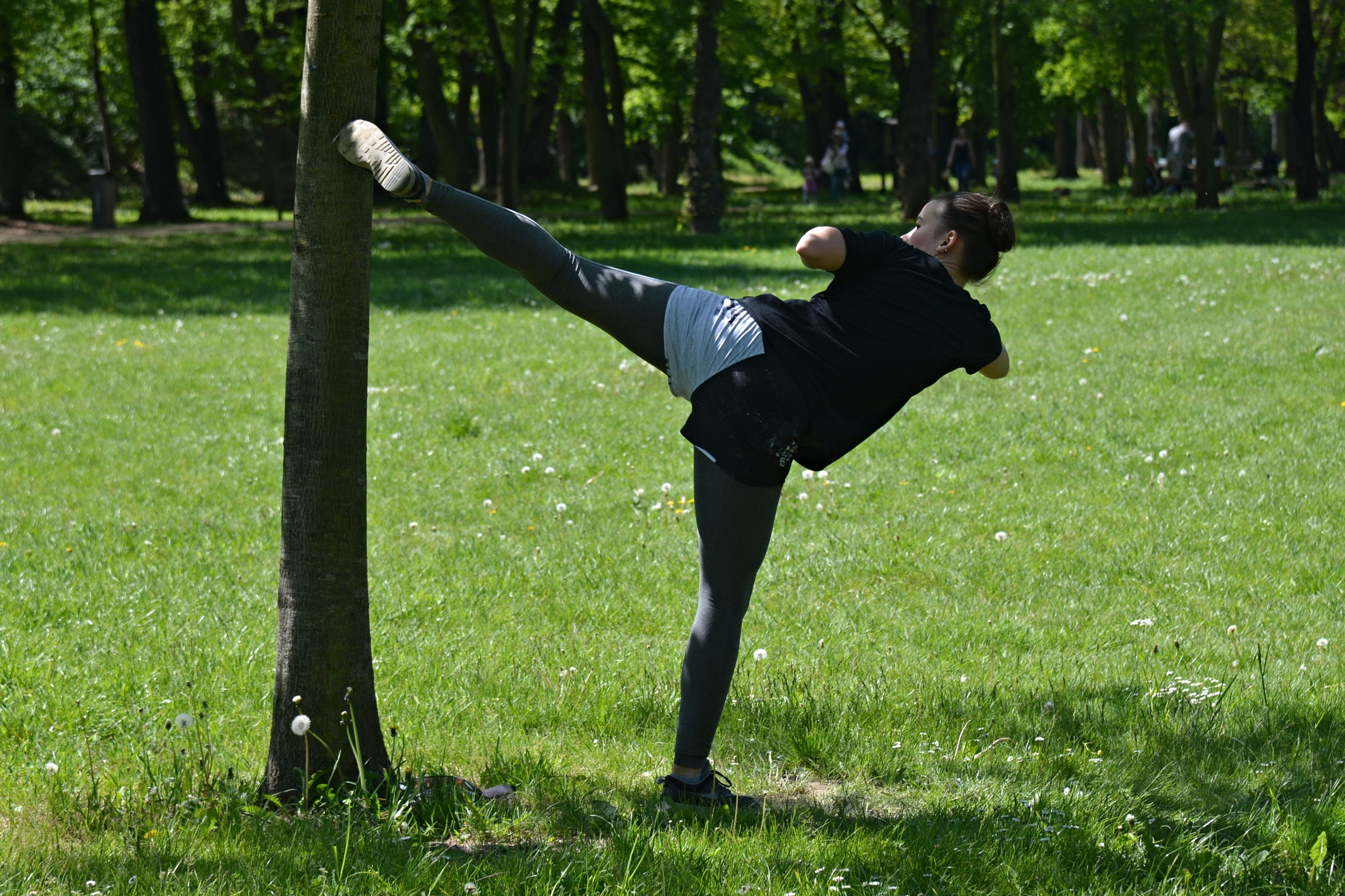 Kick-Box Training in Park. by marcel cintalan