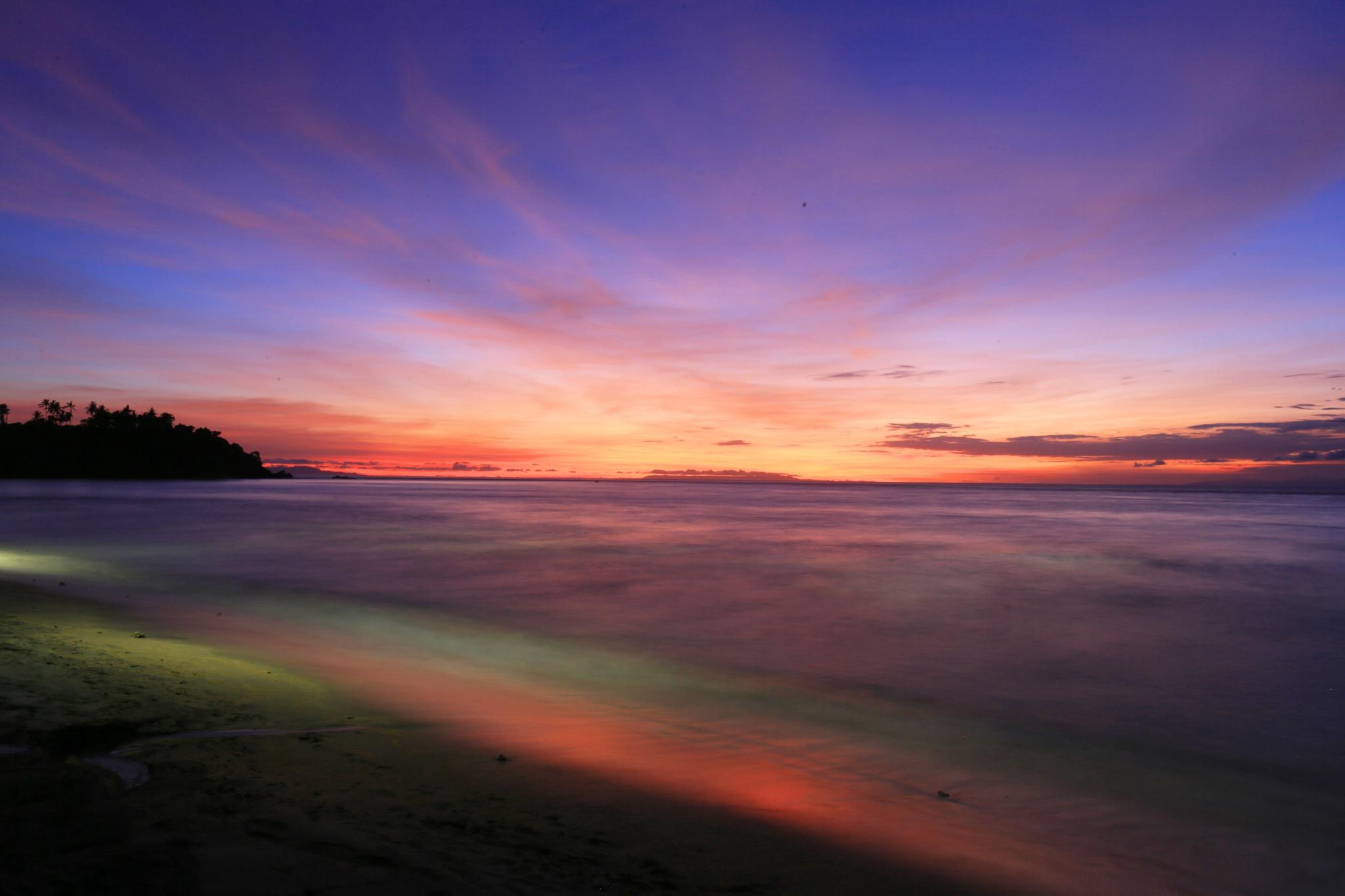 Senggigi Beach, Lombok by Totofore