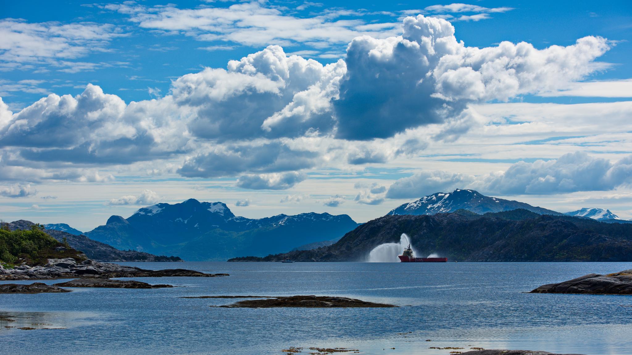 Sørstranda in Florø by Stian Olaisen