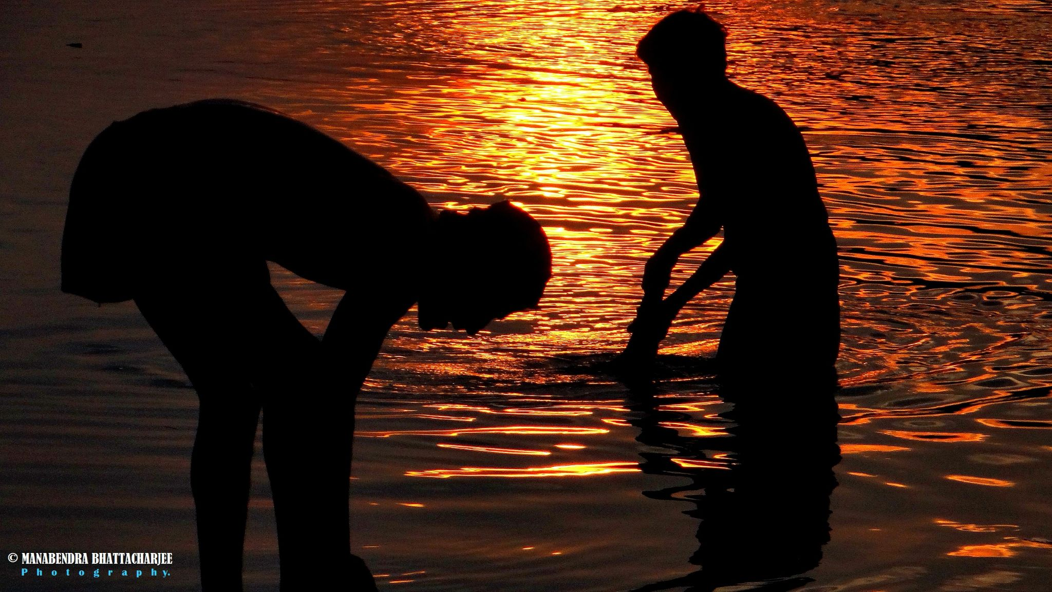 Another evening at river Bramhaputra by Manabendra Bhattacharjee
