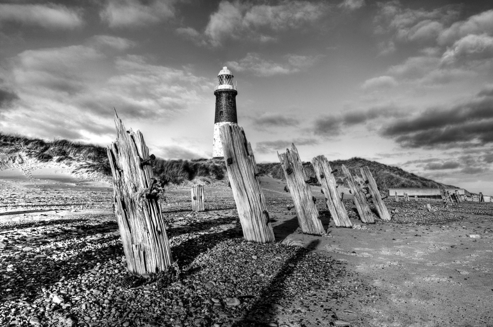 Spurn Coast by slcouzens
