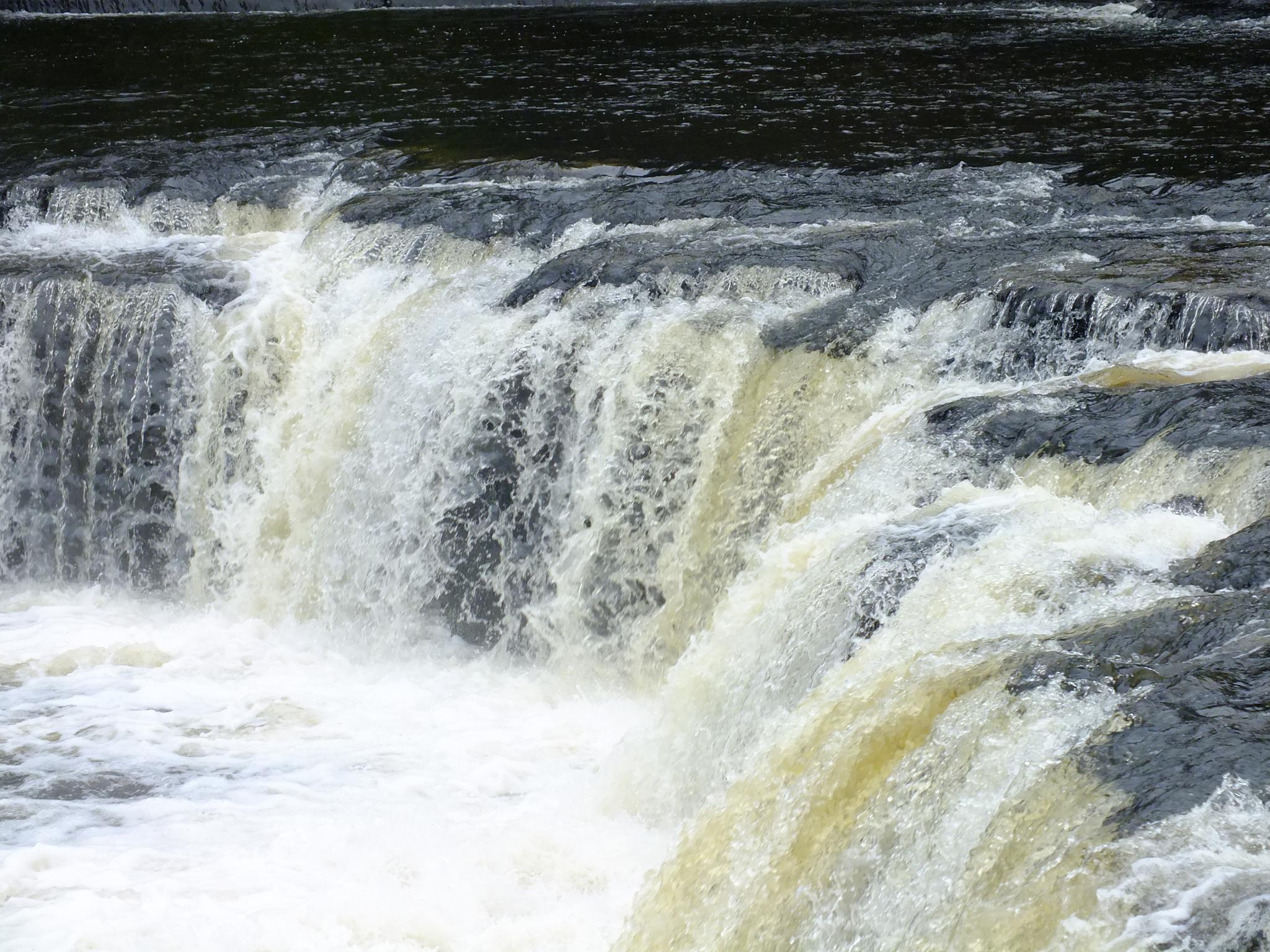 Aysgarth Falls 01 by afrior