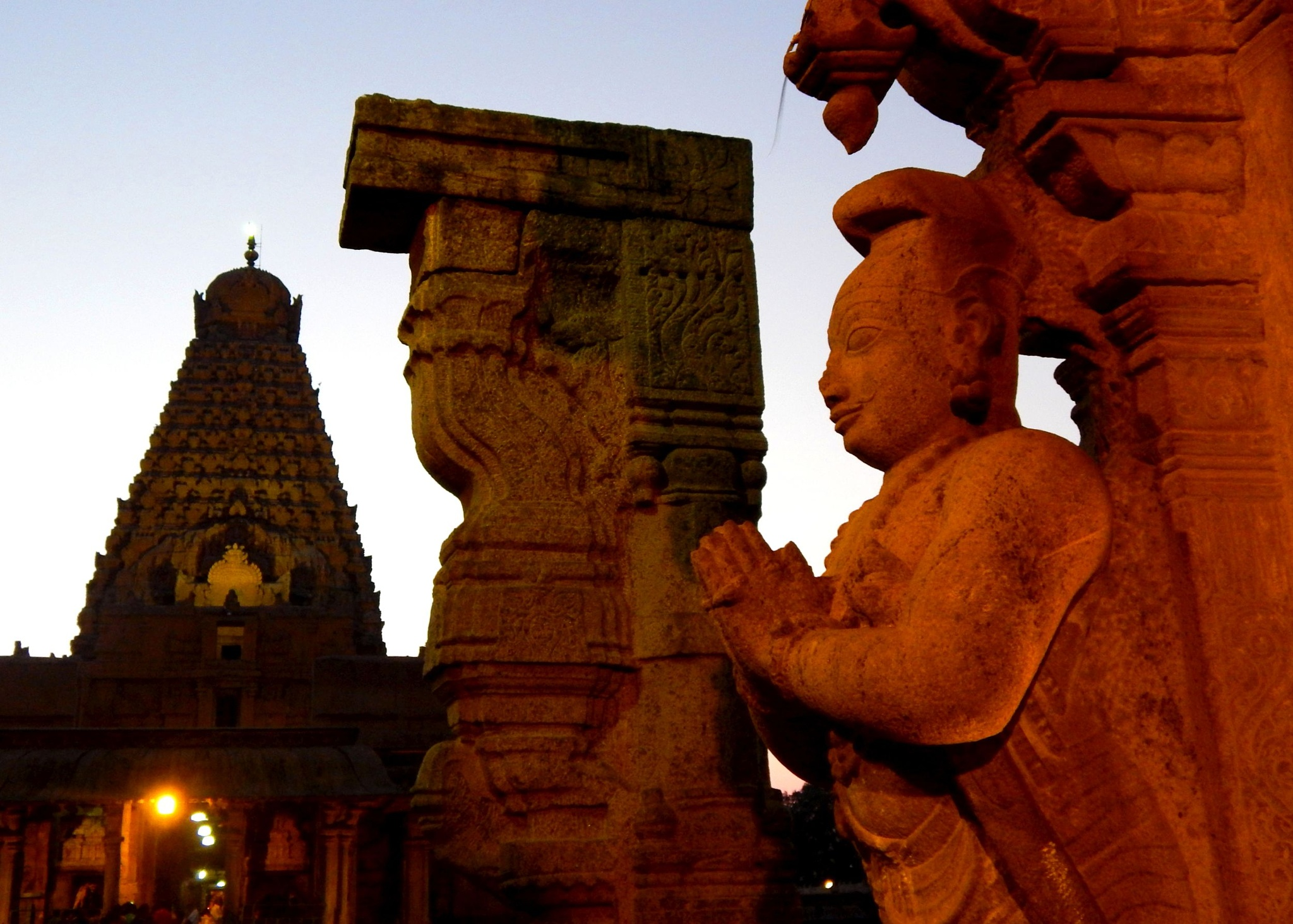 temple details at dusk by Aritra ghosh