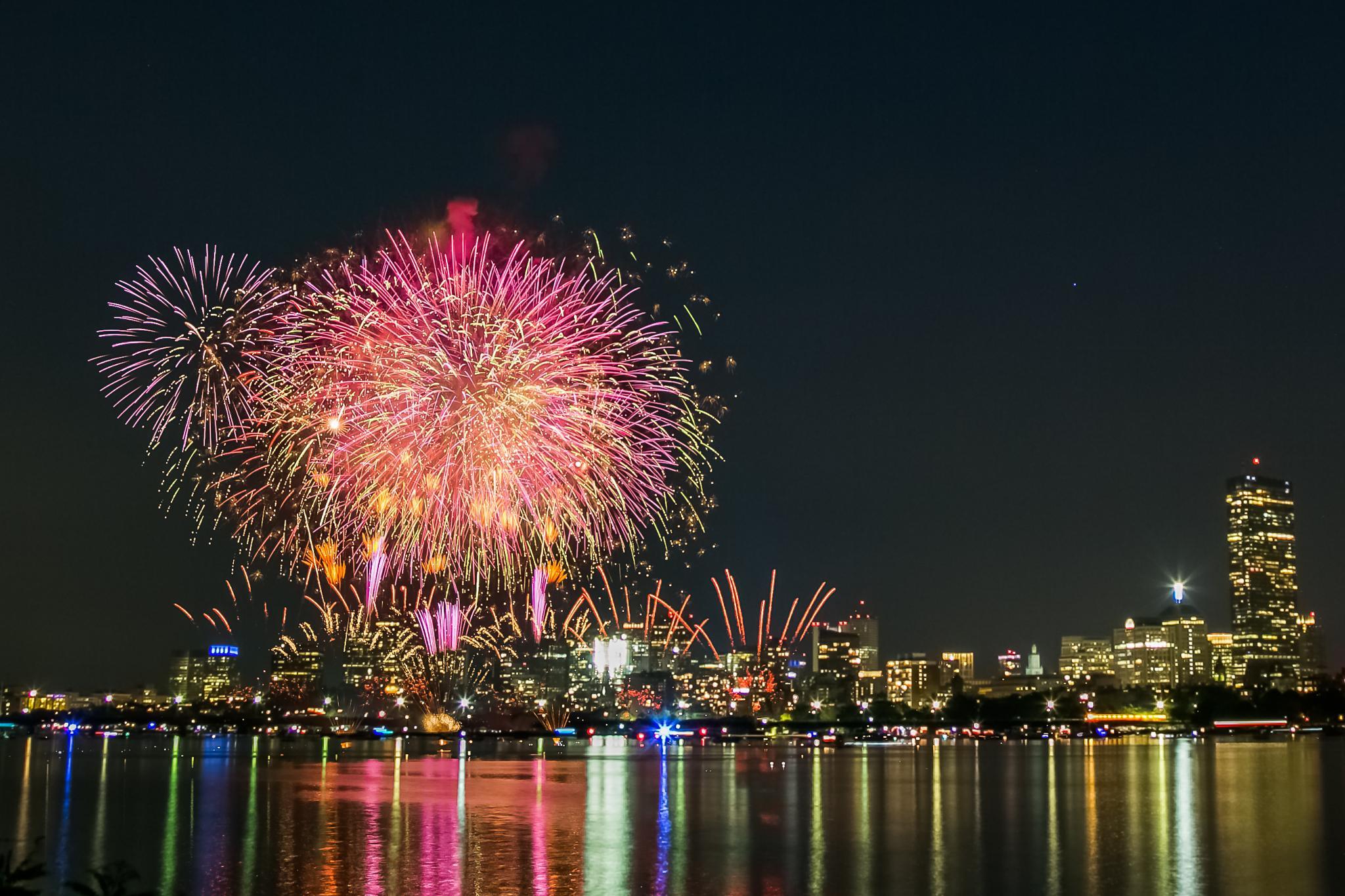 July 4 fireworks by Cary Chu
