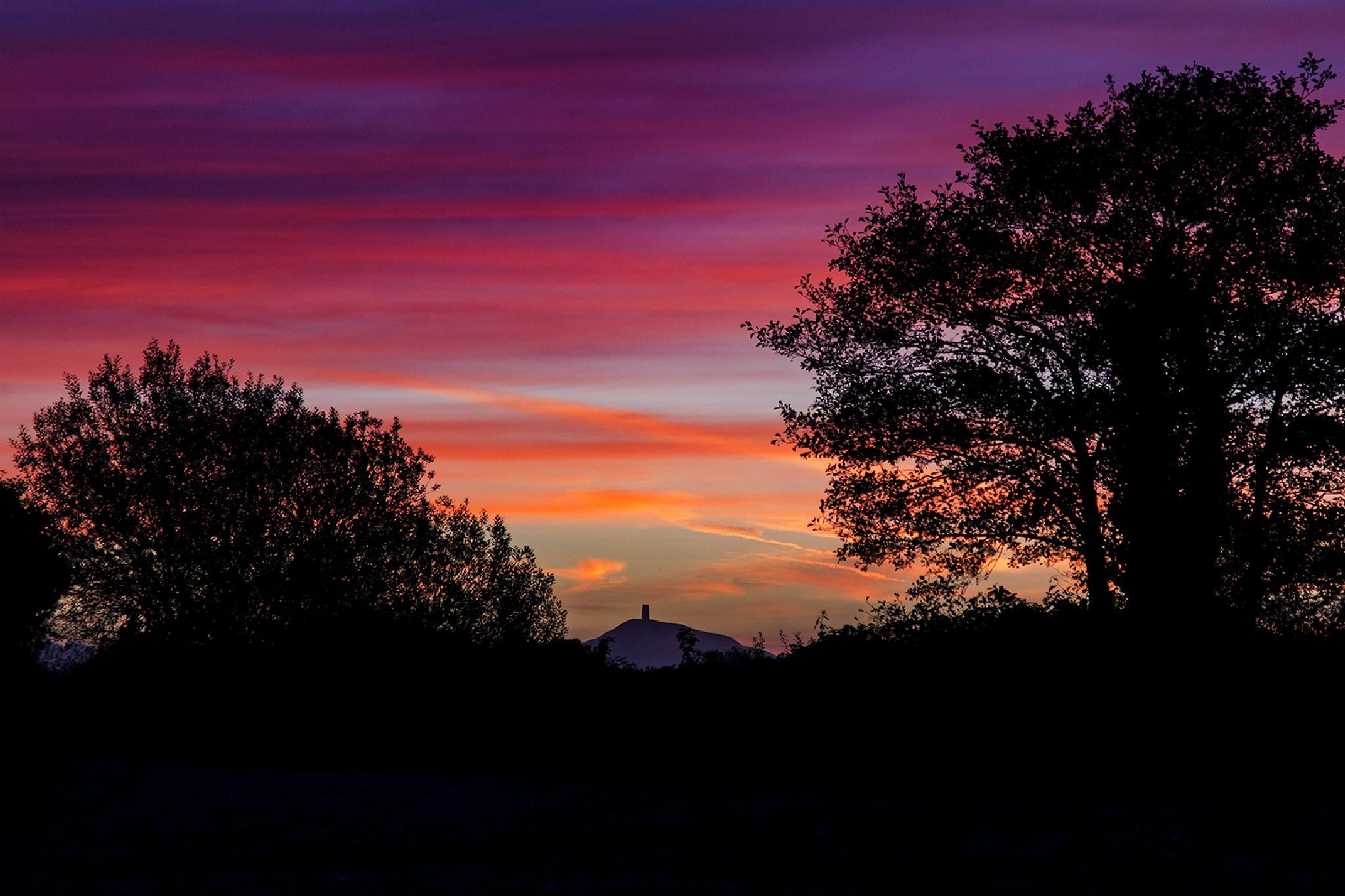 Avalon Sunrise by metallipaul